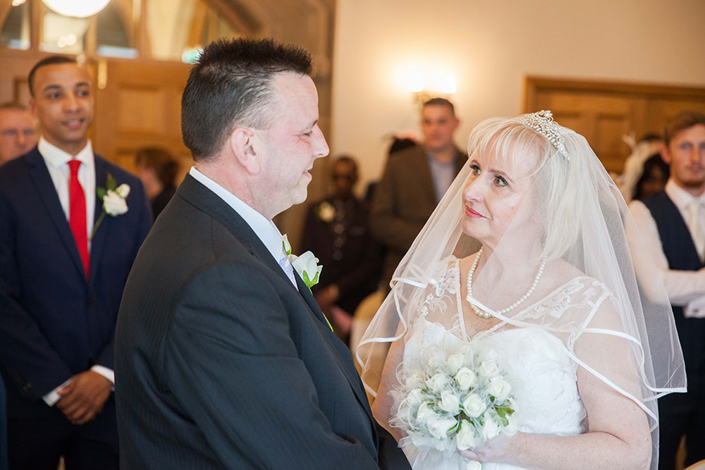 bride-and-groom-during-ceremony.jpg
