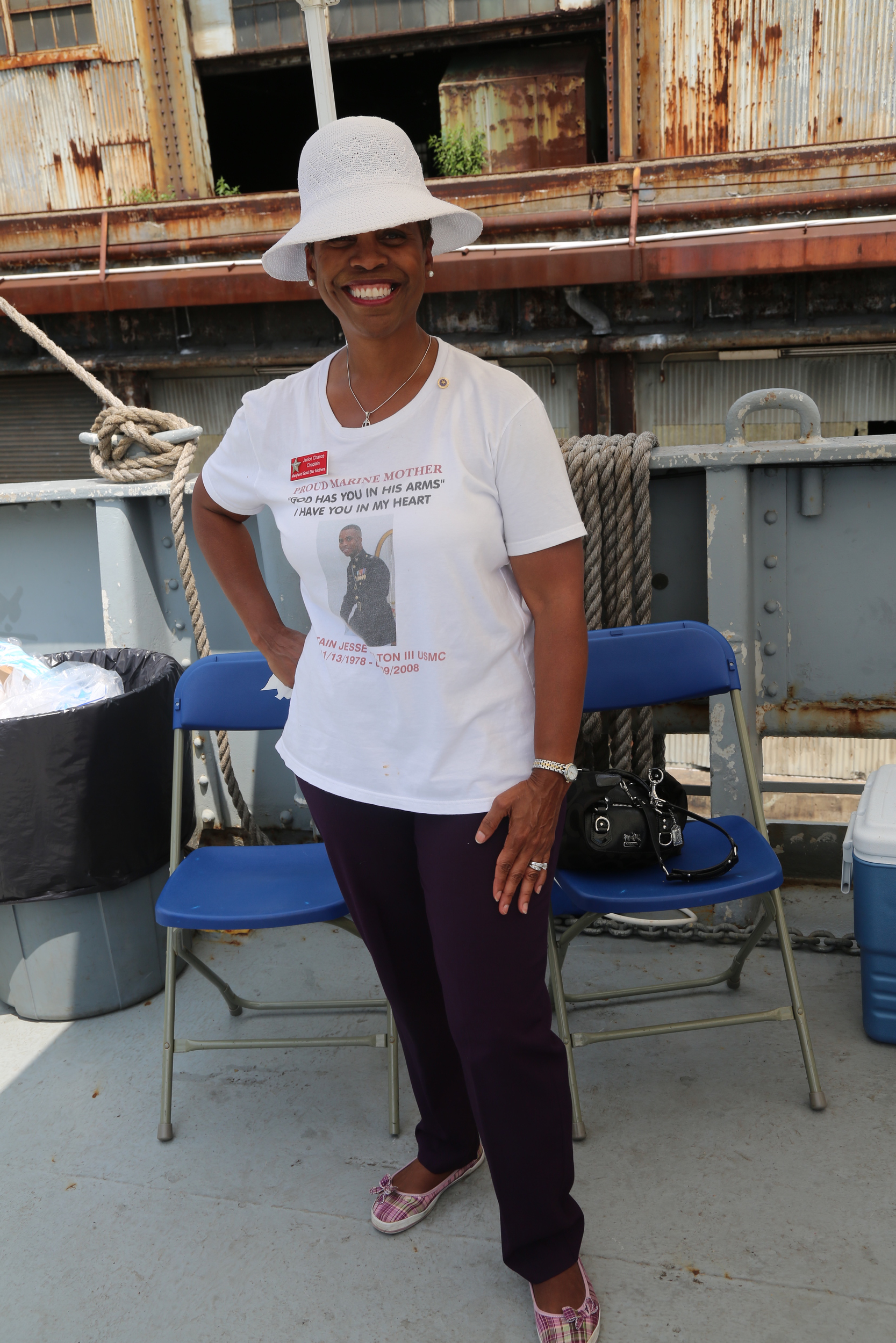 Her spirit and pride in her son, Captain Jesse Melton III USMC 11/23/78-9/9/08.is more than evident. Janice Chance, from Randallstown, Md, shows her love and pride. If you would like to read about her son, Jesse, click  here (Arlington Cemetery write-up).