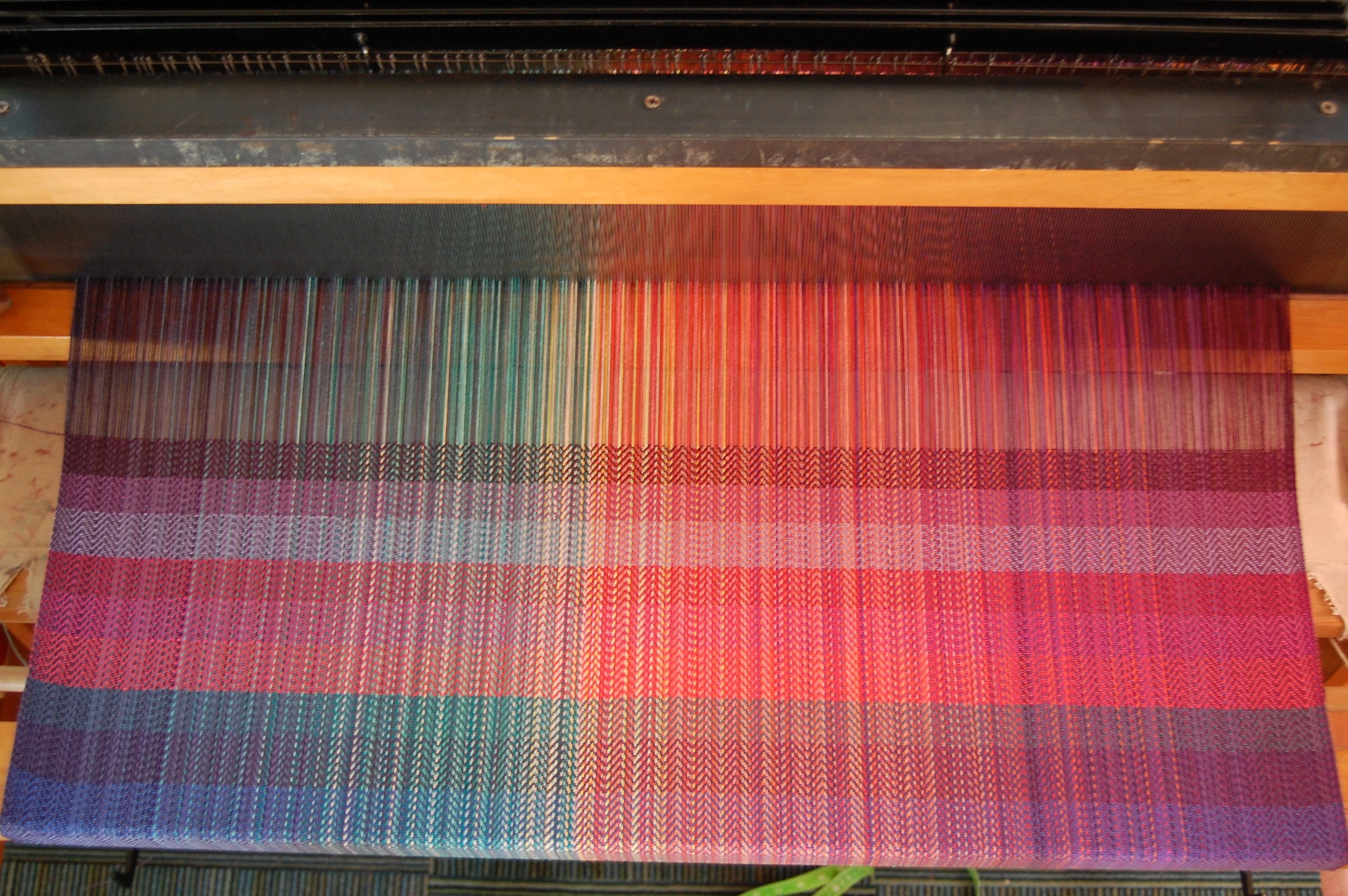 weft testing of other EC colors - from top: 163, 485, 2067, 469, 31, 122