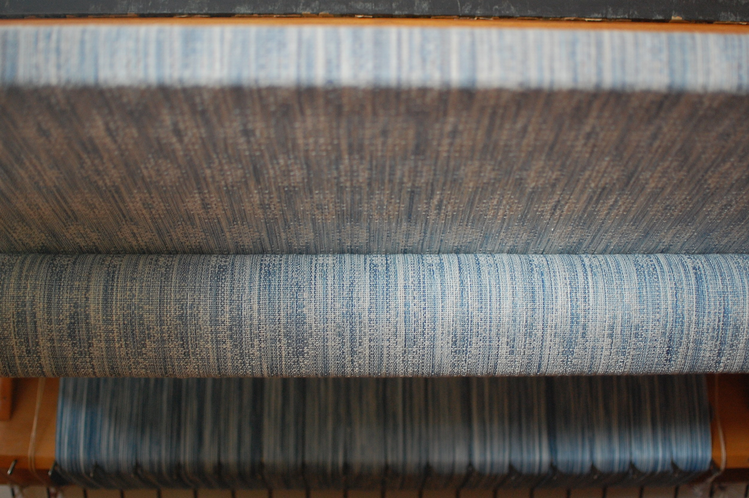 Indigo v.2 Blueprint with natural silk/cotton weft 5.0 meters - shown here during weaving