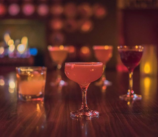 Come treat yourself in style this Friday night. Test our cocktail skills and let us make you the perfect coktail to hit the right spot this lovely evening. Open till 5am tonight. See you at the bar.  #cocktails #melbournebars #melbournecocktails #barsofmelbourne #newgoldmountain