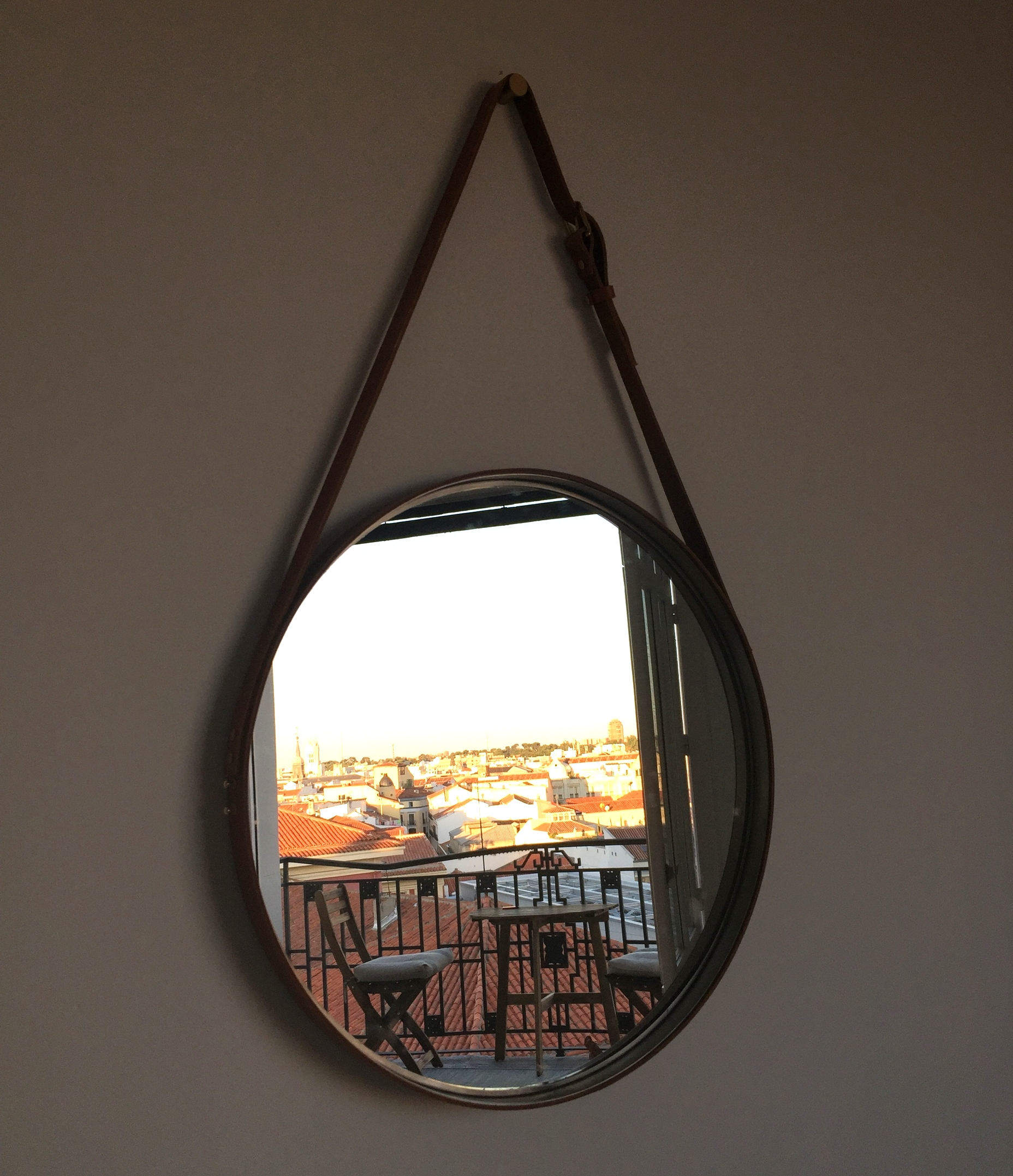 A beautiful view of Madrid to go with the beautiful Nobi Mirror.