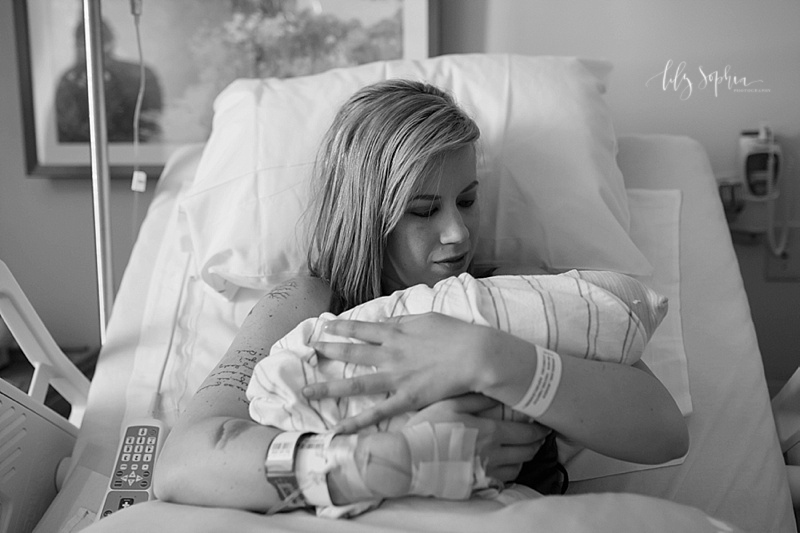 atlanta-birth-photographer-northside-hospital-labor-delivery-secheduled-cesarean-c-section-birth-photos
