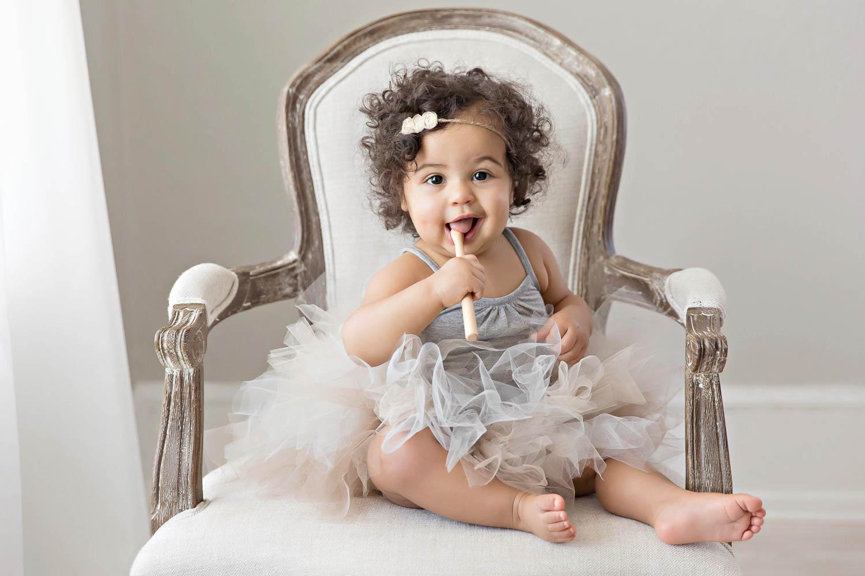 ATLANTA_SMASH_CAKE_FIRST_BIRTHDAY_BABY_PHOTOGRAPHY-12.jpg