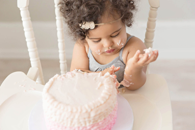 ATLANTA_SMASH_CAKE_FIRST_BIRTHDAY_BABY_PHOTOGRAPHY-14.jpg