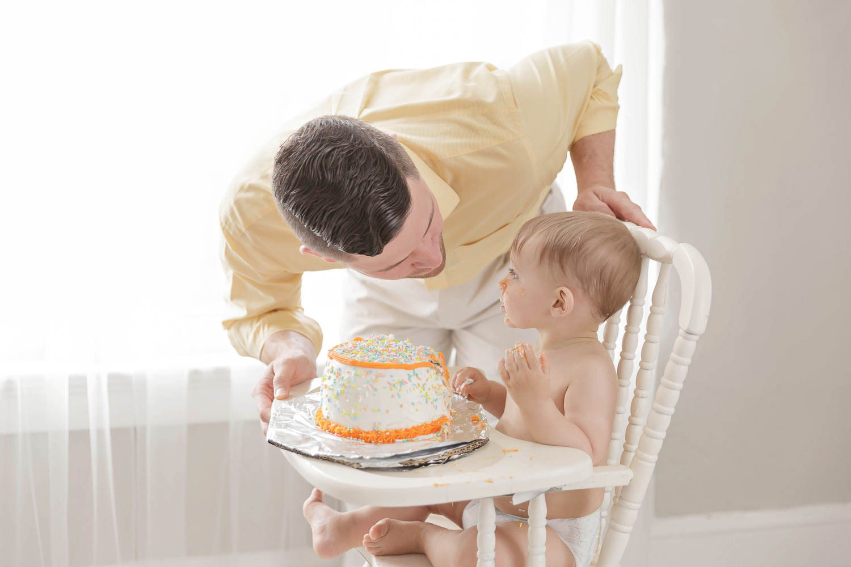 ATLANTA_SMASH_CAKE_FIRST_BIRTHDAY_BABY_PHOTOGRAPHY-26.jpg