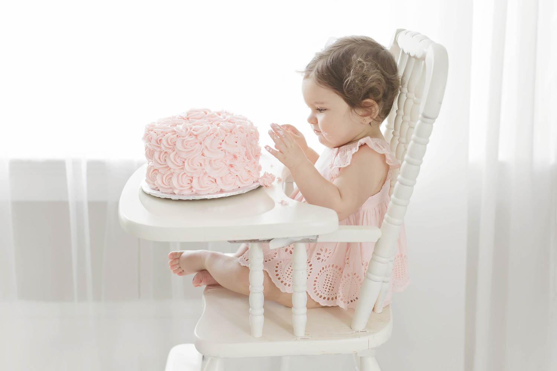 ATLANTA_SMASH_CAKE_FIRST_BIRTHDAY_BABY_PHOTOGRAPHY-41.jpg