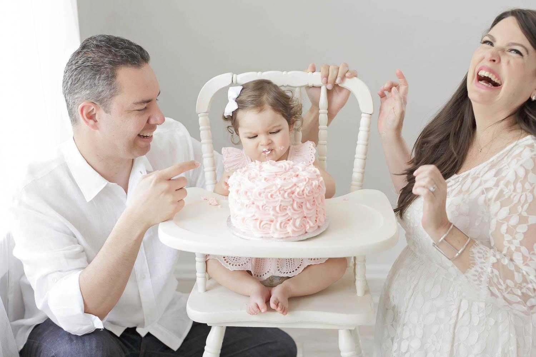 ATLANTA_SMASH_CAKE_FIRST_BIRTHDAY_BABY_PHOTOGRAPHY-42.jpg