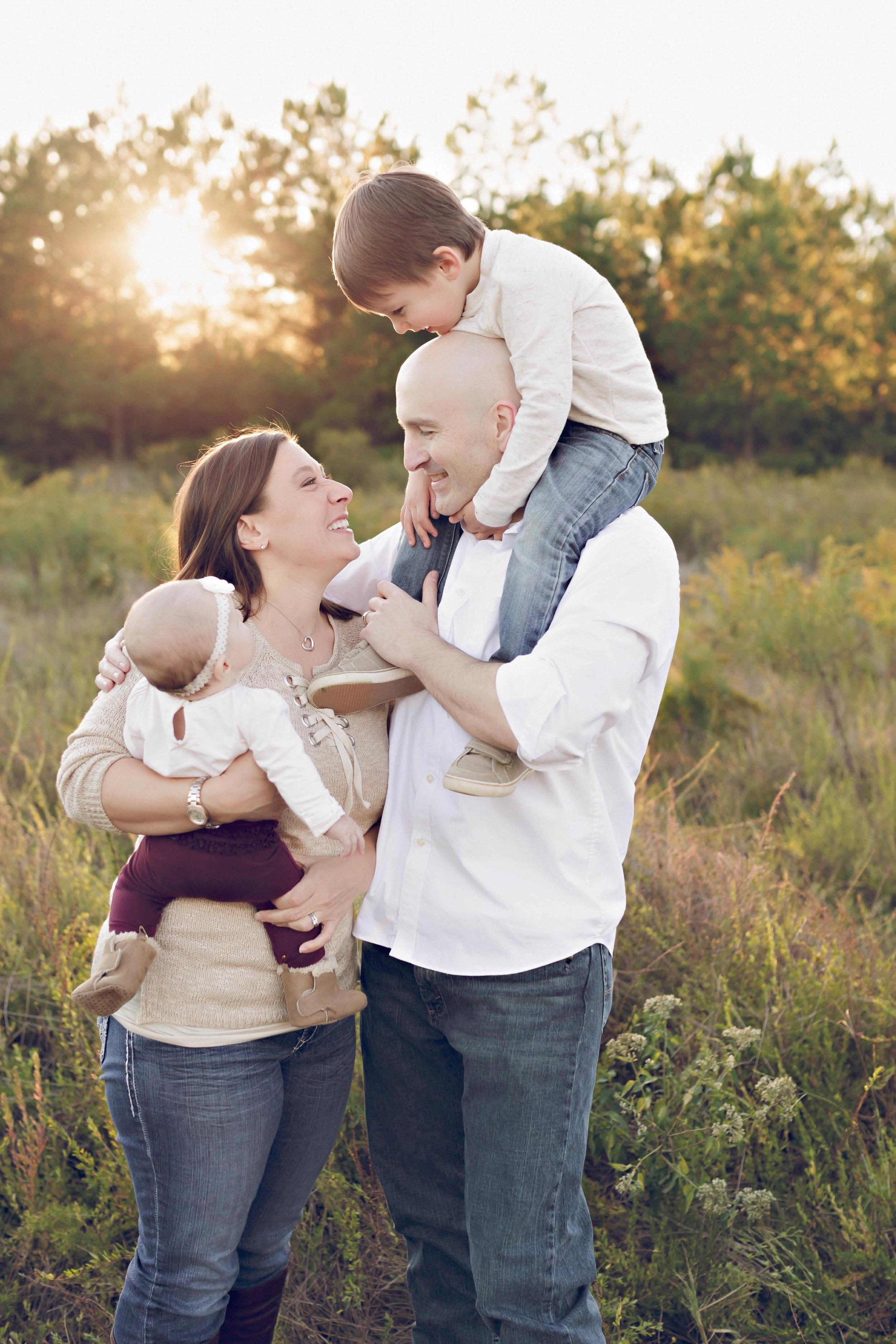 WAGAMAN_FAMILY_HIRES-41.jpg
