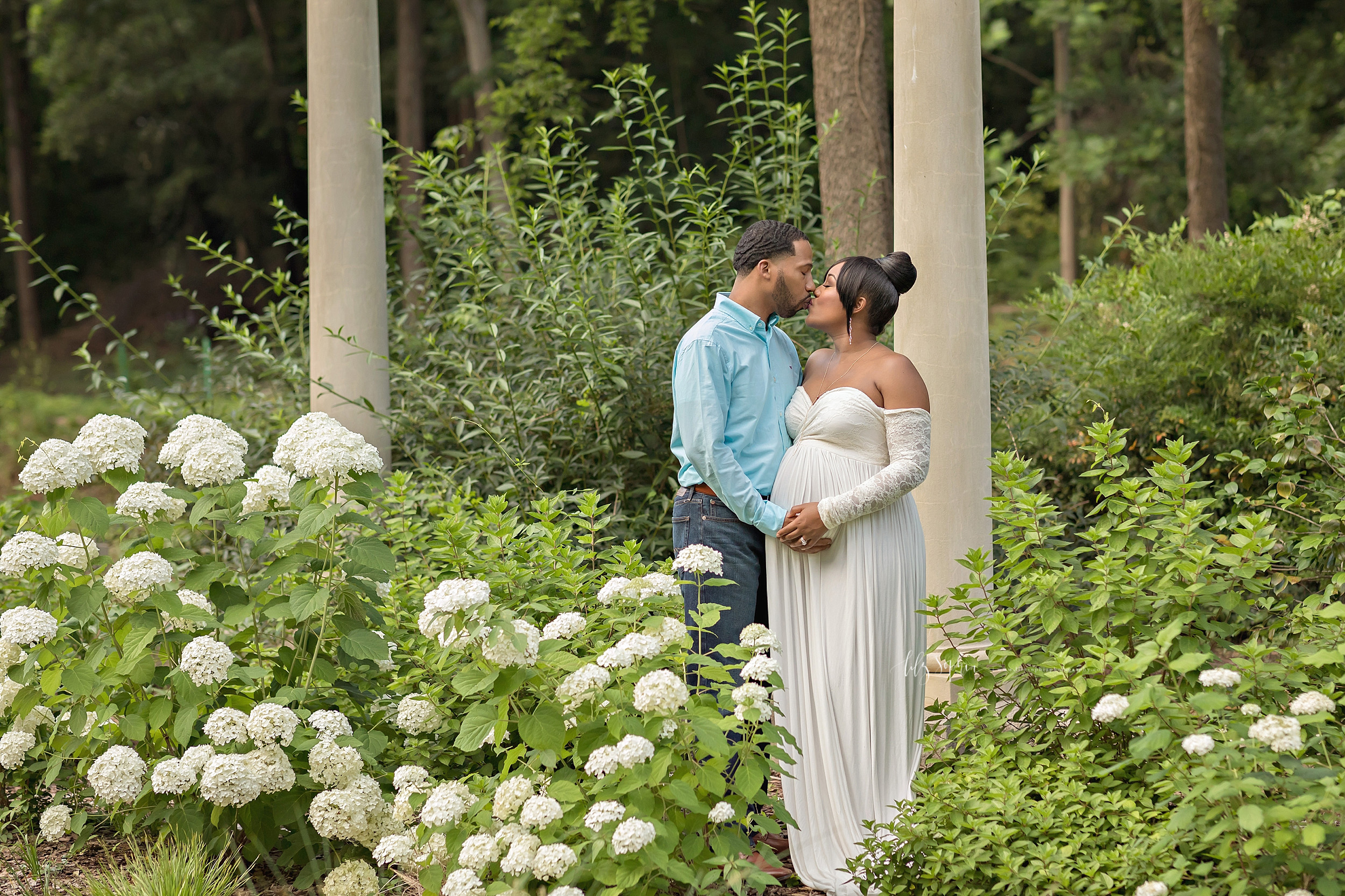 atlanta-buckhead-acworth-brookhaven-lily-sophia-photography-baby-maternity-photographer-maternity-portraits-outdoor-gardens-sunset-grant-park-intown-pregnant-expecting-baby-boy_0220.jpg