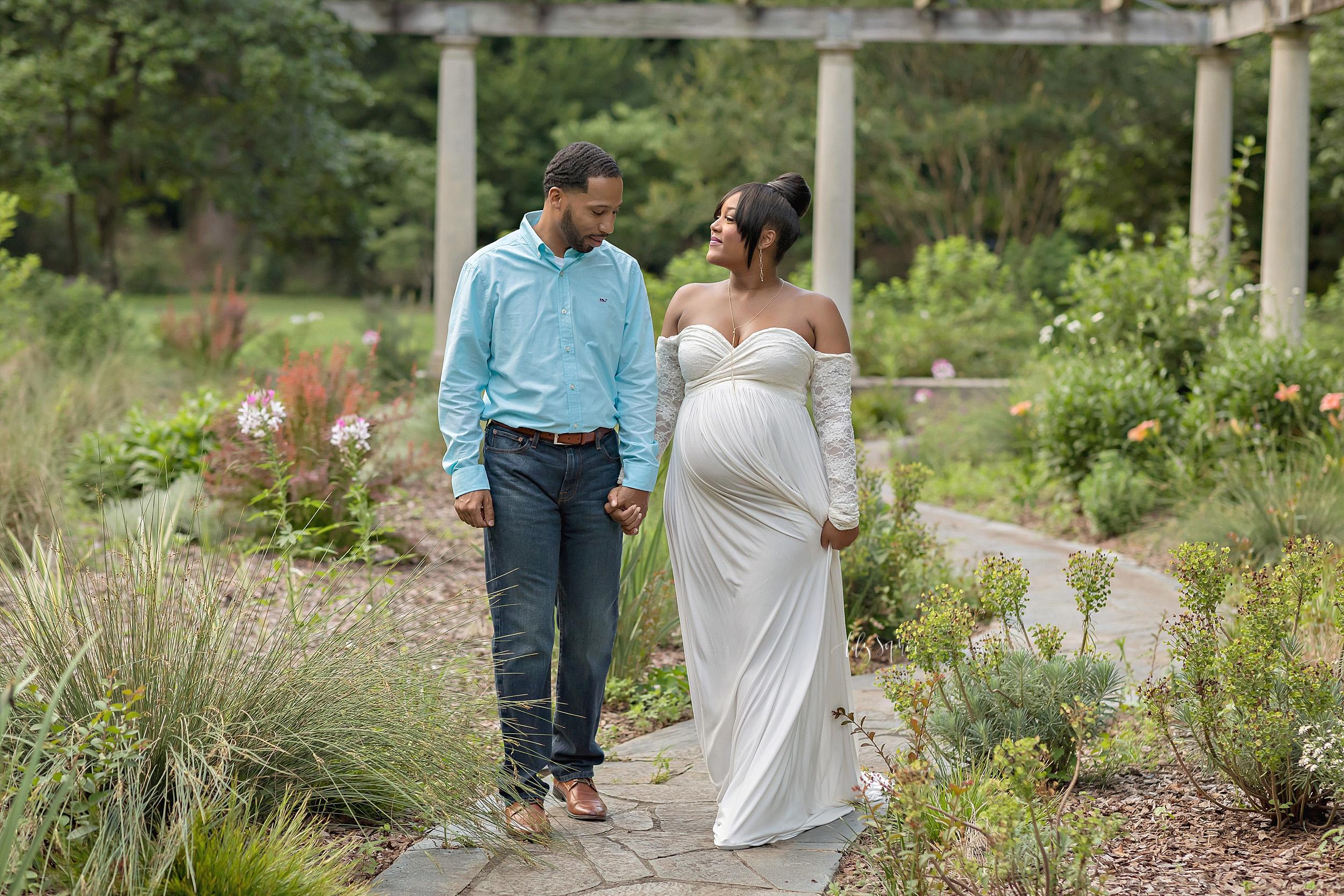 atlanta-buckhead-acworth-brookhaven-lily-sophia-photography-baby-maternity-photographer-maternity-portraits-outdoor-gardens-sunset-grant-park-intown-pregnant-expecting-baby-boy_0221.jpg