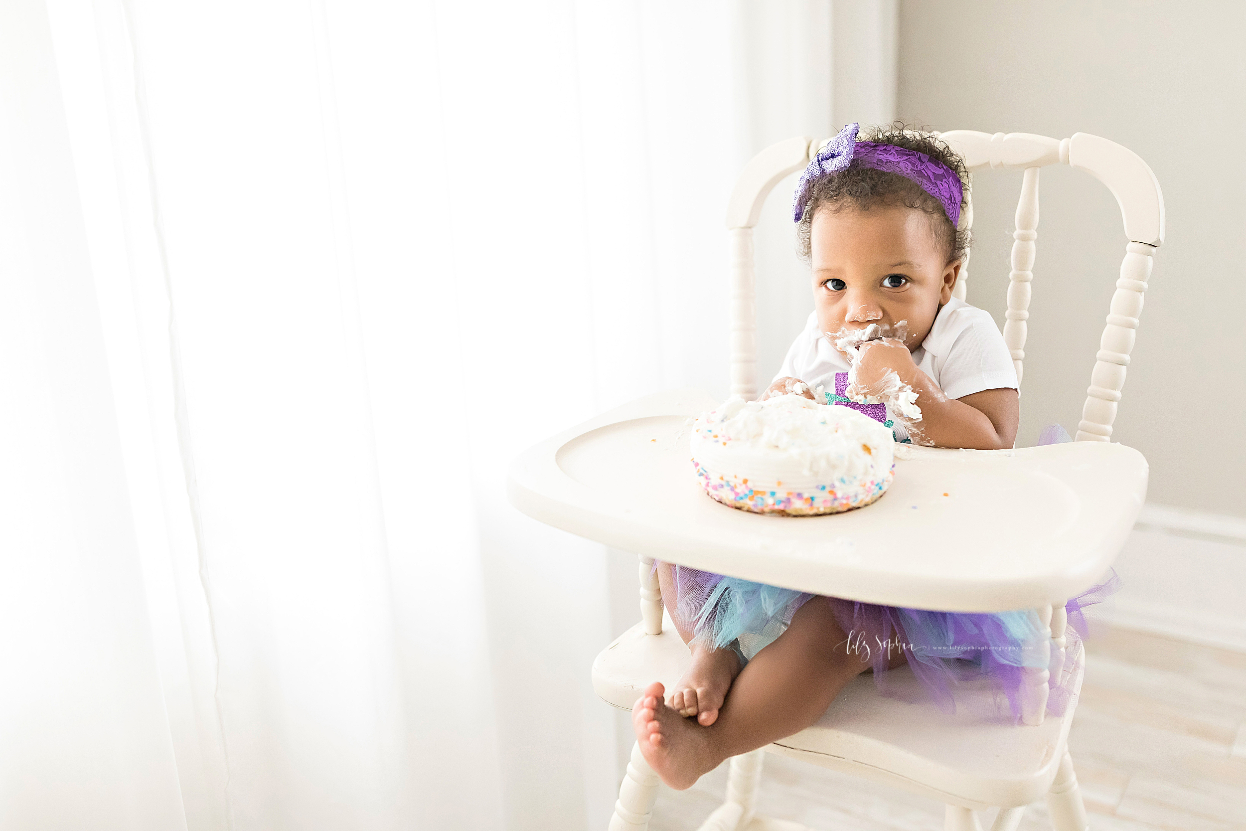 atlanta-buckhead-brookhaven-decatur-lily-sophia-photography--photographer-portraits-grant-park-intown-first-birthday-tutu-cake-smash_1004.jpg