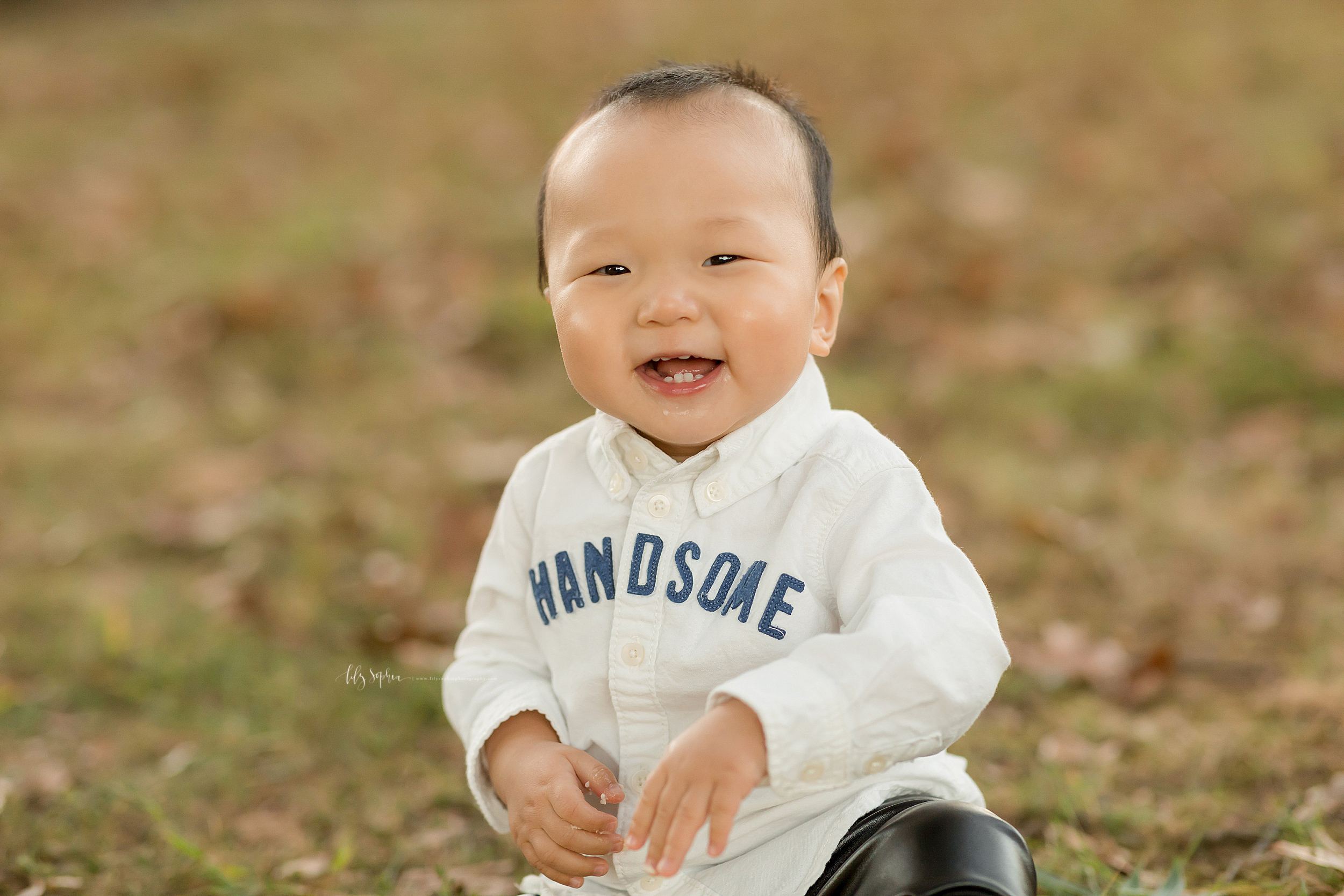 atlanta-buckhead-brookhaven-decatur-lily-sophia-photography--photographer-portraits-grant-park-intown-park-sunset-first-birthday-cake-smash-one-year-old-outdoors-cool-asian-american-family_0095.jpg
