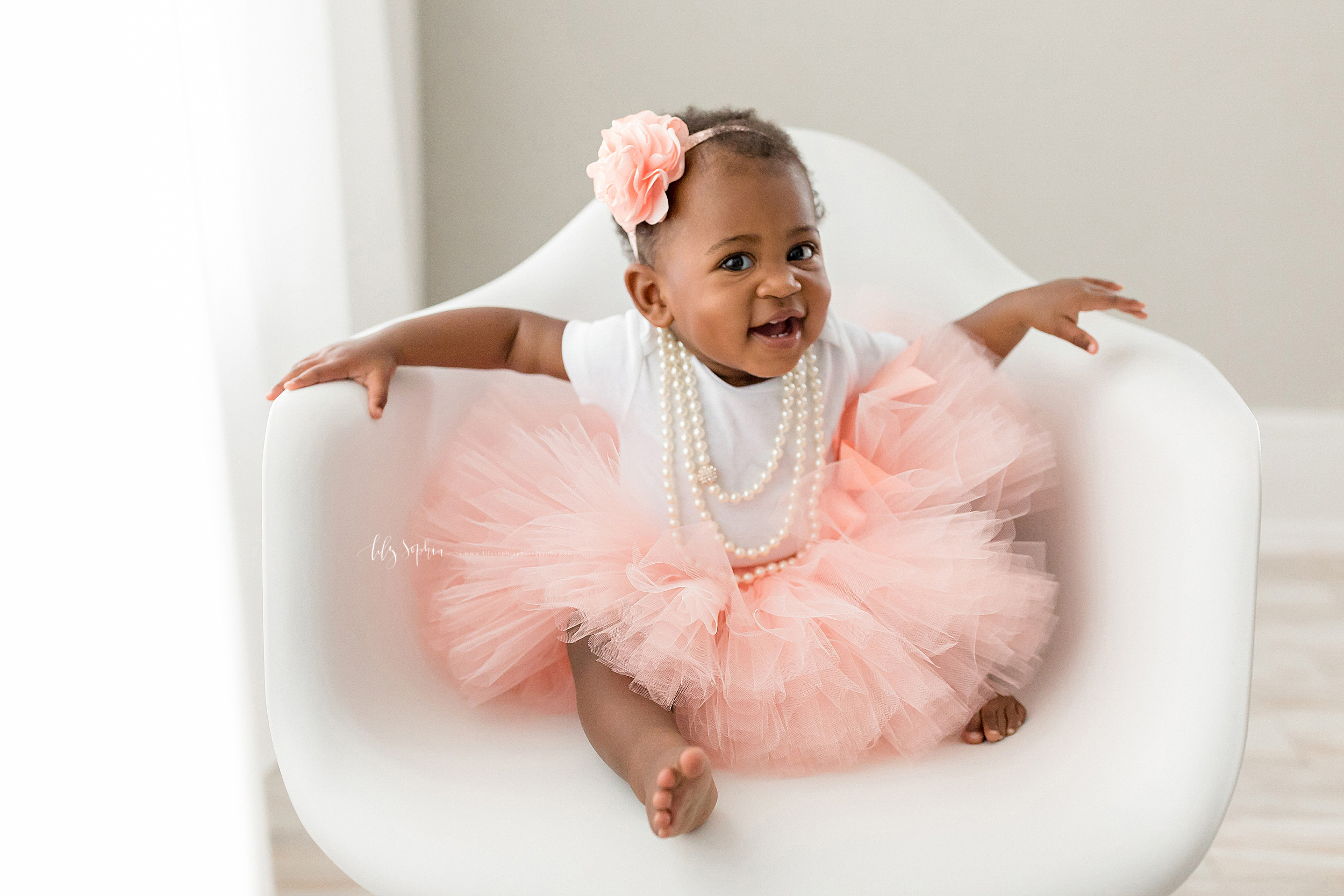 atlanta-smyrna-brookhaven-decatur-lily-sophia-photography-photographer-portraits-grant-park-intown-first-birthday-cake-smash-one-year-old-toddler-baby-girl_0012.jpg