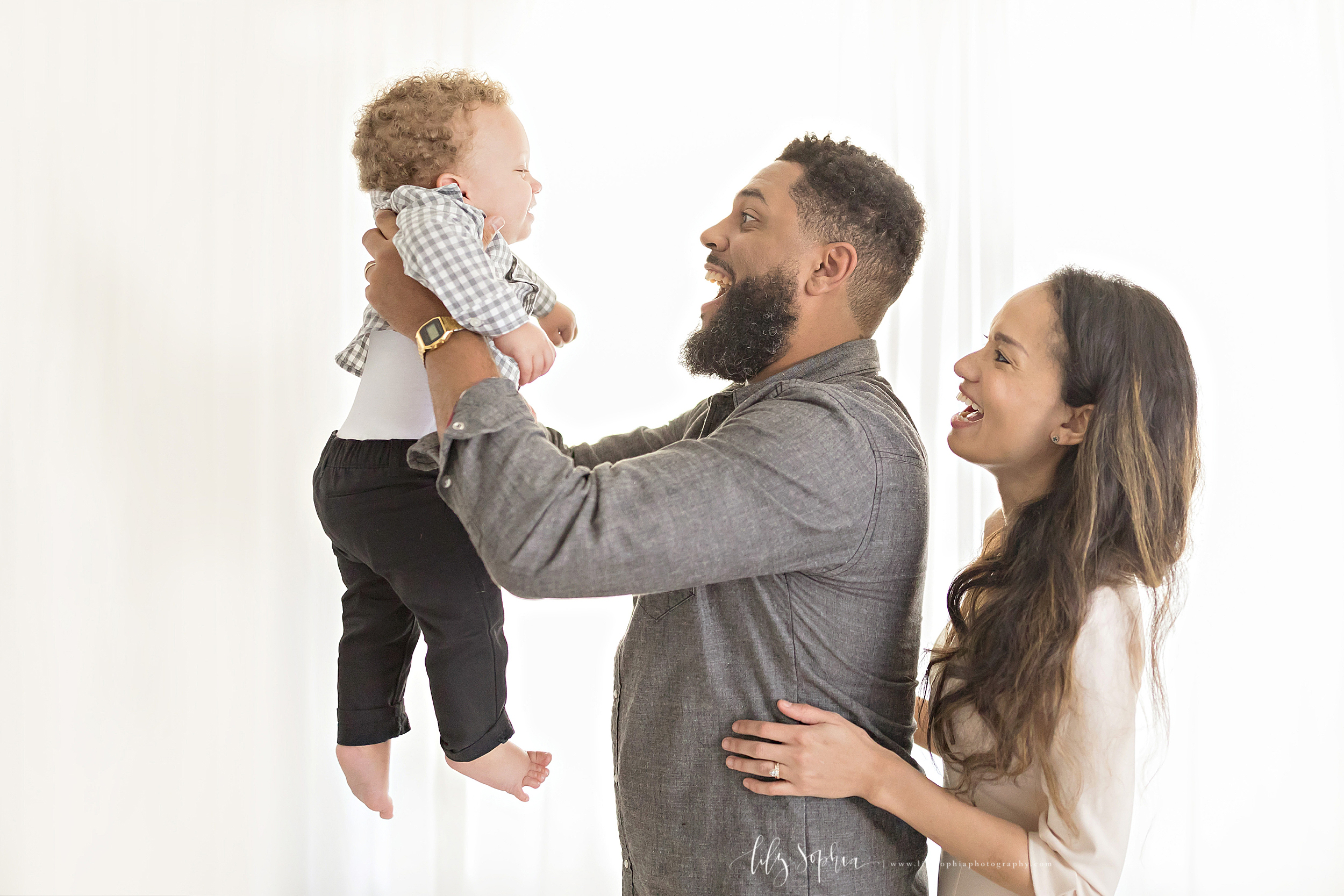 atlanta-midtown-brookhaven-decatur-lily-sophia-photography-photographer-portraits-grant-park-studio-first-birthday-one-year-old-toddler-baby-boy-family_0168.jpg