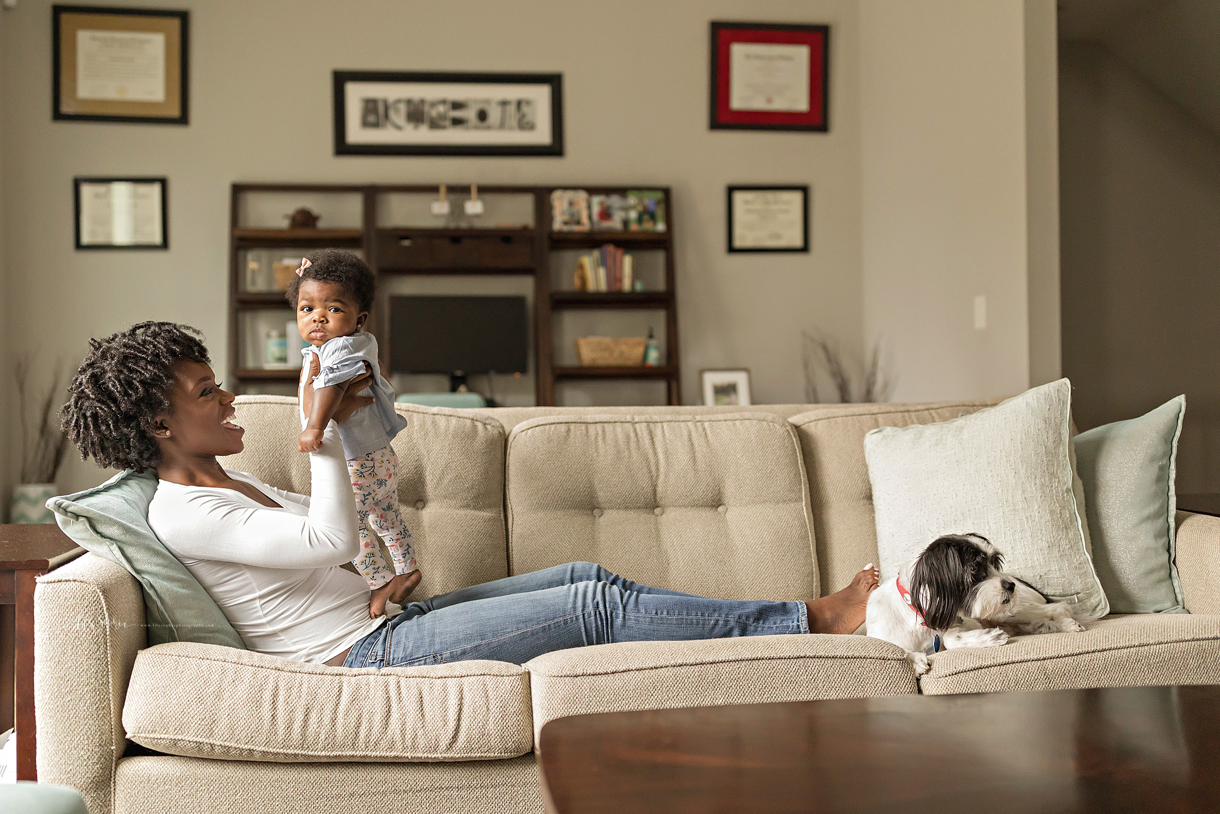 atlanta-midtown-brookhaven-decatur-lily-sophia-photography-photographer-portraits-grant-park-nigerian-family-in-home-lifestyle-big-brother-baby-sister_0021.jpg
