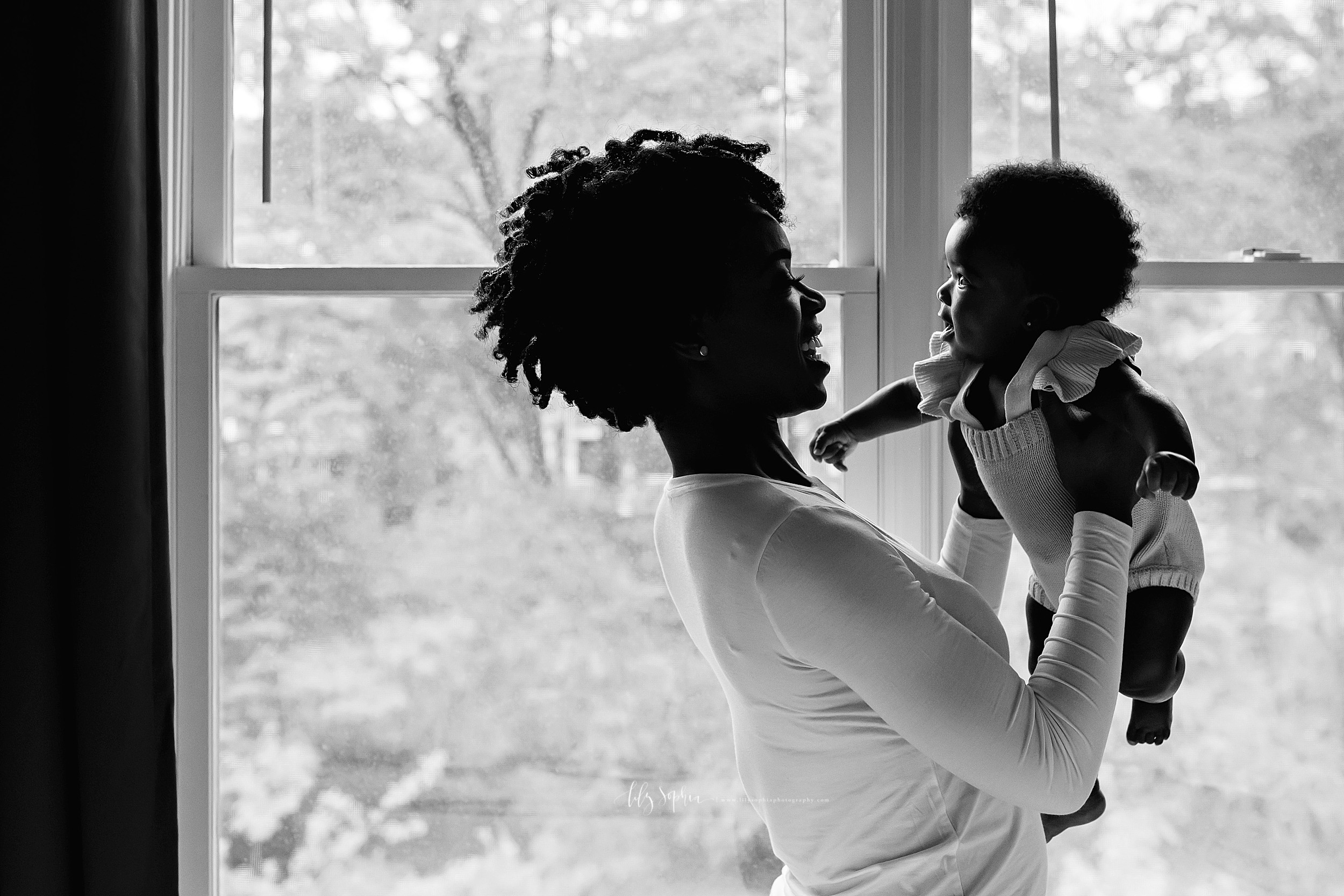 atlanta-midtown-brookhaven-decatur-lily-sophia-photography-photographer-portraits-grant-park-nigerian-family-in-home-lifestyle-big-brother-baby-sister_0043.jpg