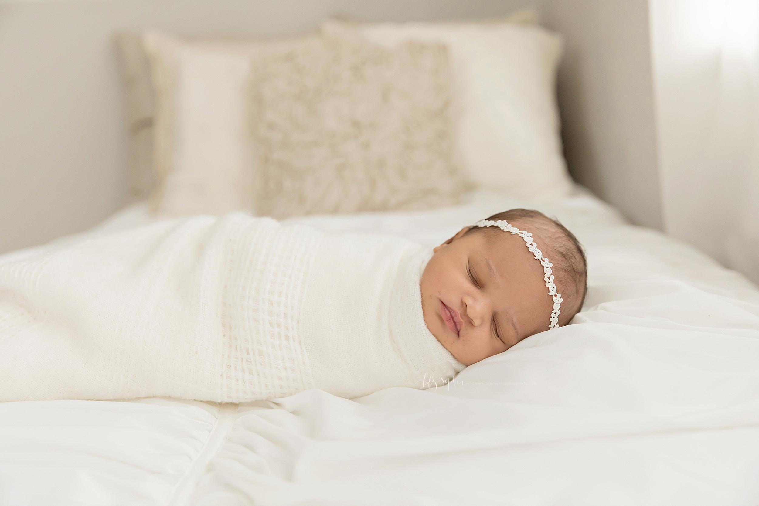 atlanta-midtown-brookhaven-decatur-lily-sophia-photography-photographer-portraits-grant-park-family-studio-newborn-baby-girl-big-brothers_0100.jpg
