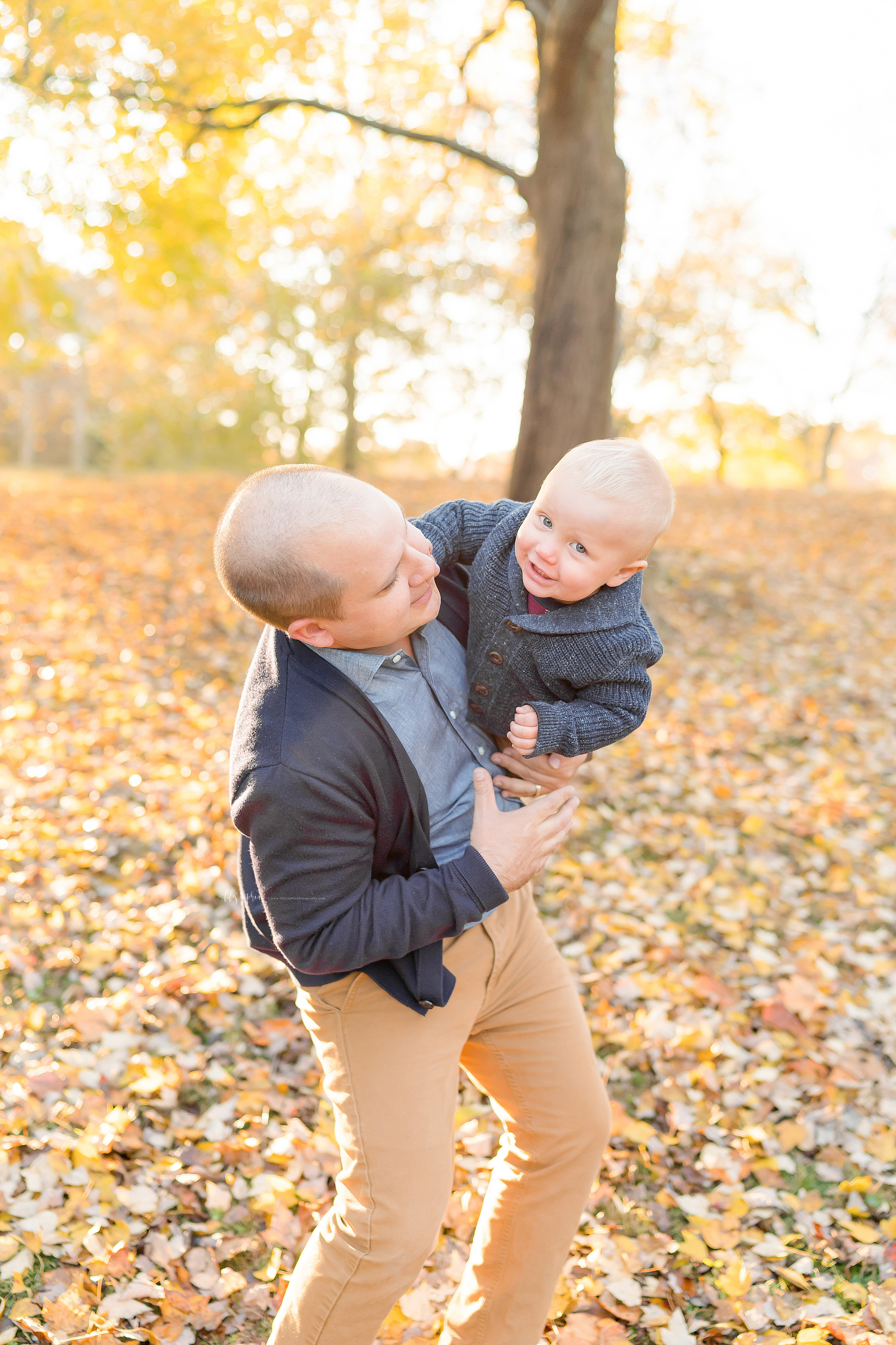 atlanta-midtown-brookhaven-decatur-lily-sophia-photography-photographer-portraits-grant-park-family-sunset-fall-outdoor-session-brothers-toddler-baby_0145.jpg
