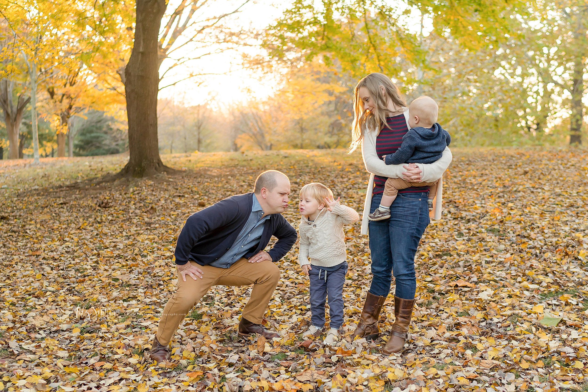 atlanta-midtown-brookhaven-decatur-lily-sophia-photography-photographer-portraits-grant-park-family-sunset-fall-outdoor-session-brothers-toddler-baby_0155.jpg