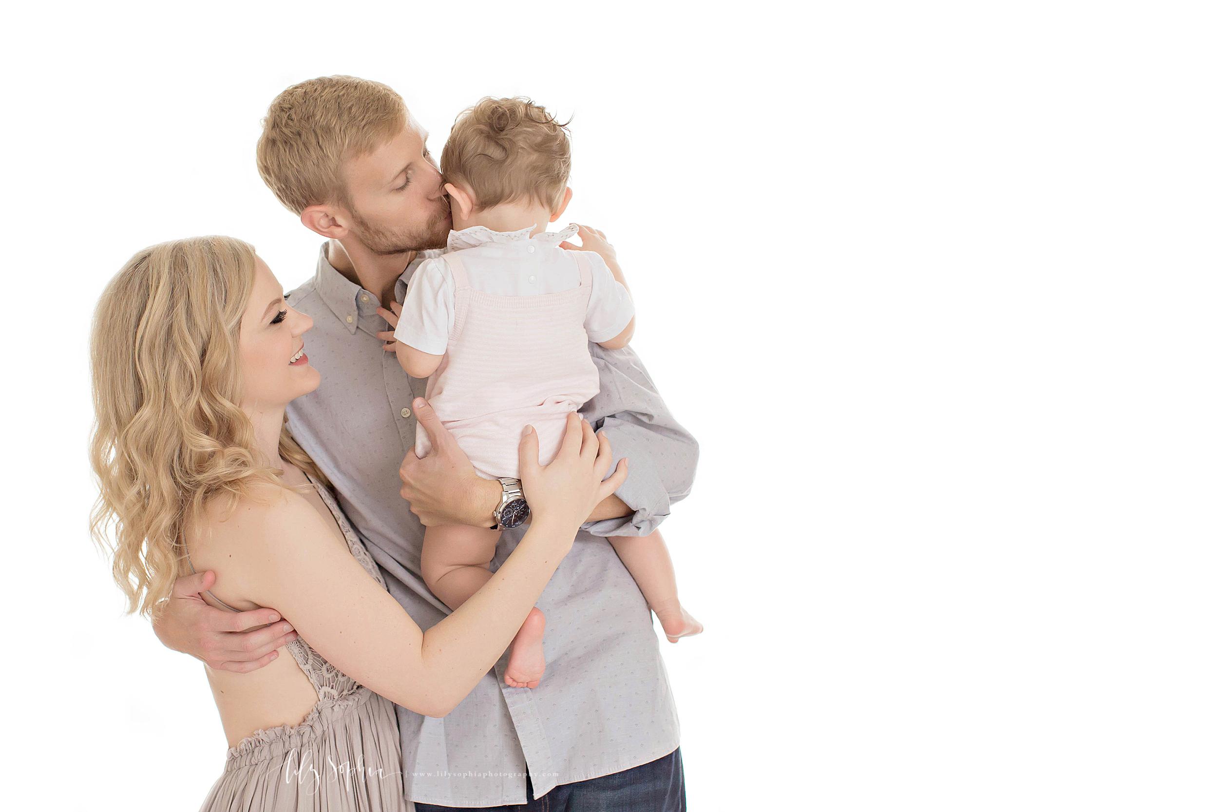 atlanta-midtown-brookhaven-decatur-lily-sophia-photography-photographer-portraits-buford-savannah-baby-girl-nine-months-family-milestone-photos_0183.jpg