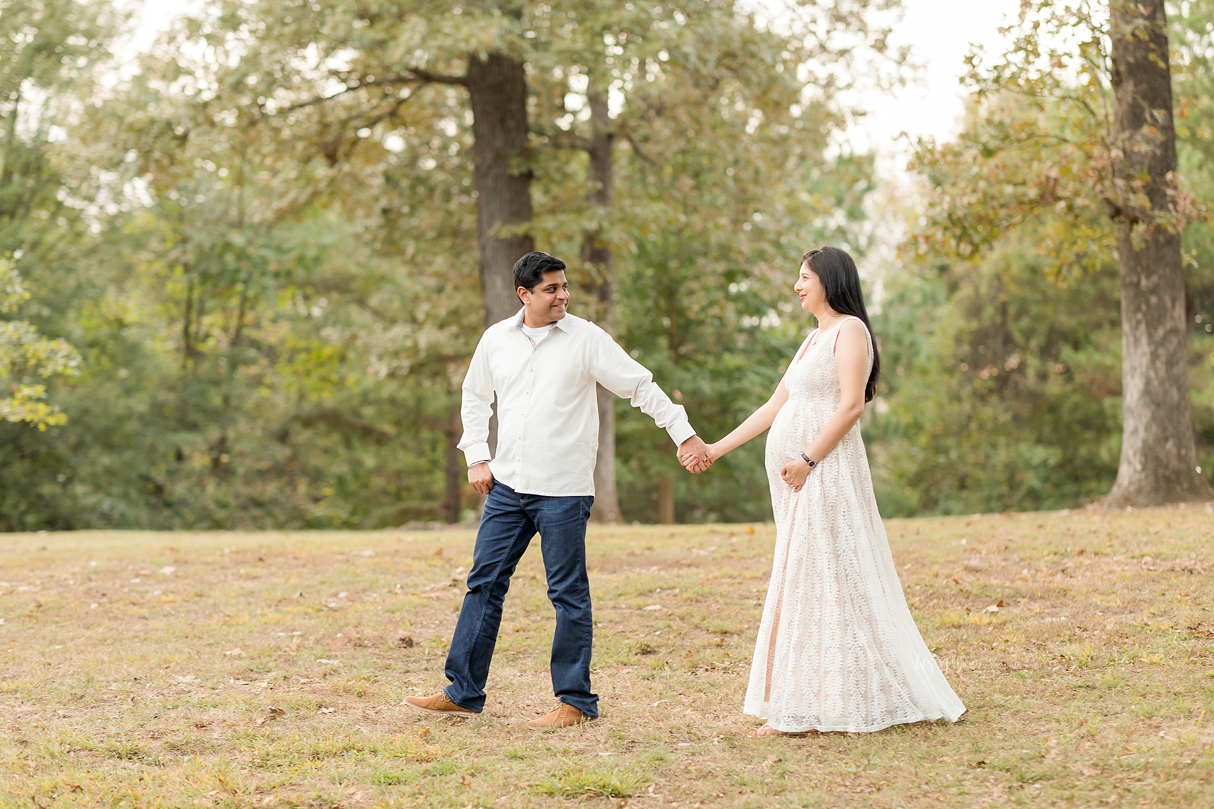 atlanta-midtown-lawrenceville-decatur-lily-sophia-photography-photographer-indian-couple-maternity-photos-expecting-baby-girl_0187.jpg