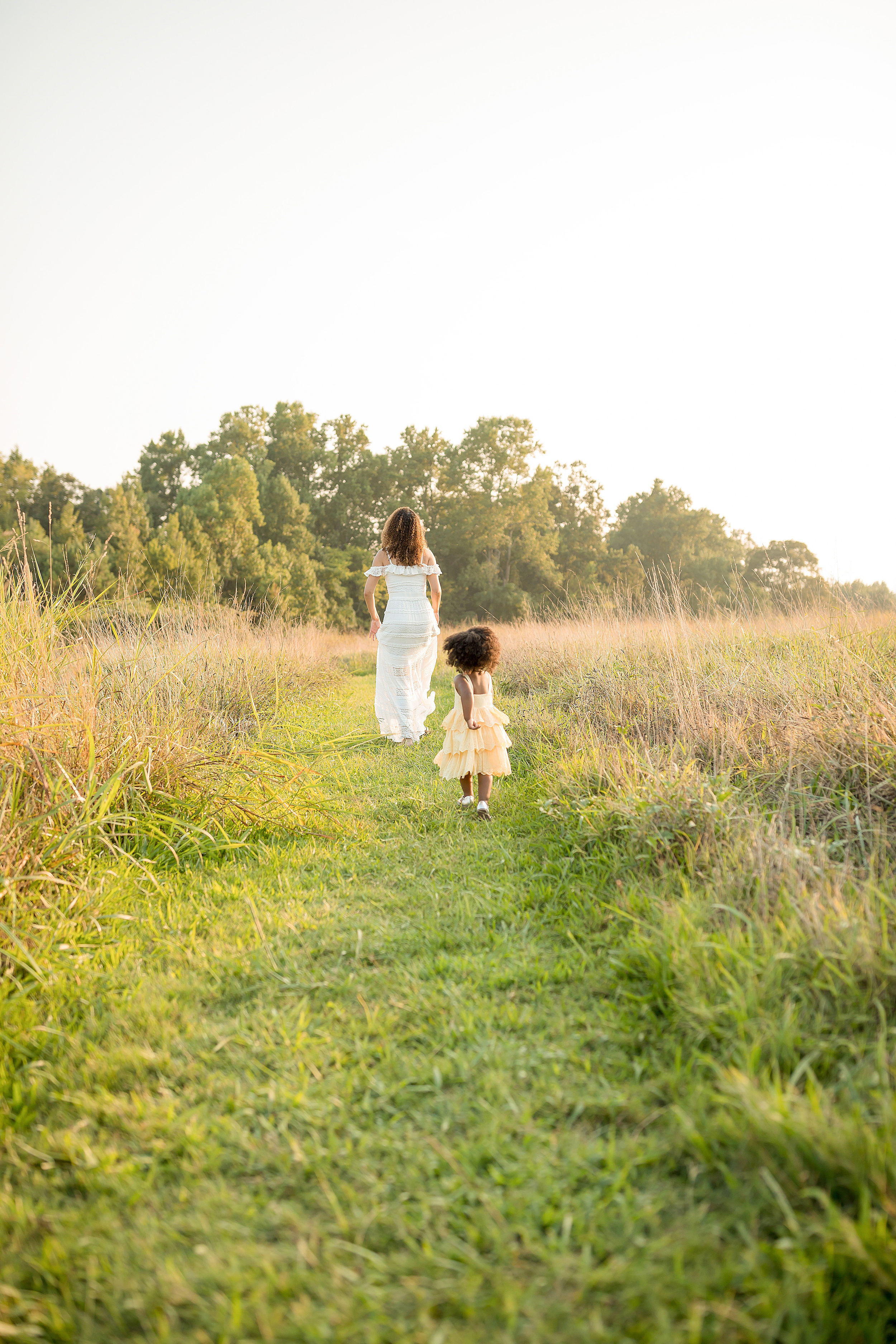 atlanta-midtown-brookhaven-ashford-dunwoody-decatur-lily-sophia-photography-outdoor-sunset-field-mountain-family-photographer-toddler-girl_0403.jpg