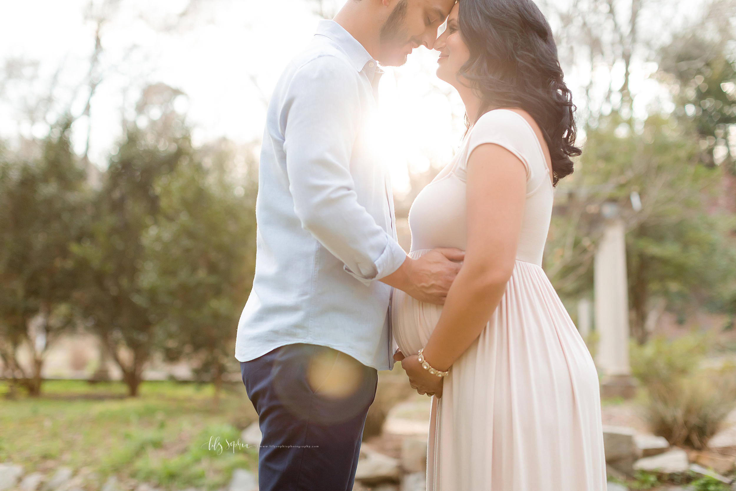 atlanta-midtown-virginia-highlands-roswell-decatur-lily-sophia-photography-maternity-sunset-session-gardens_0495.jpg