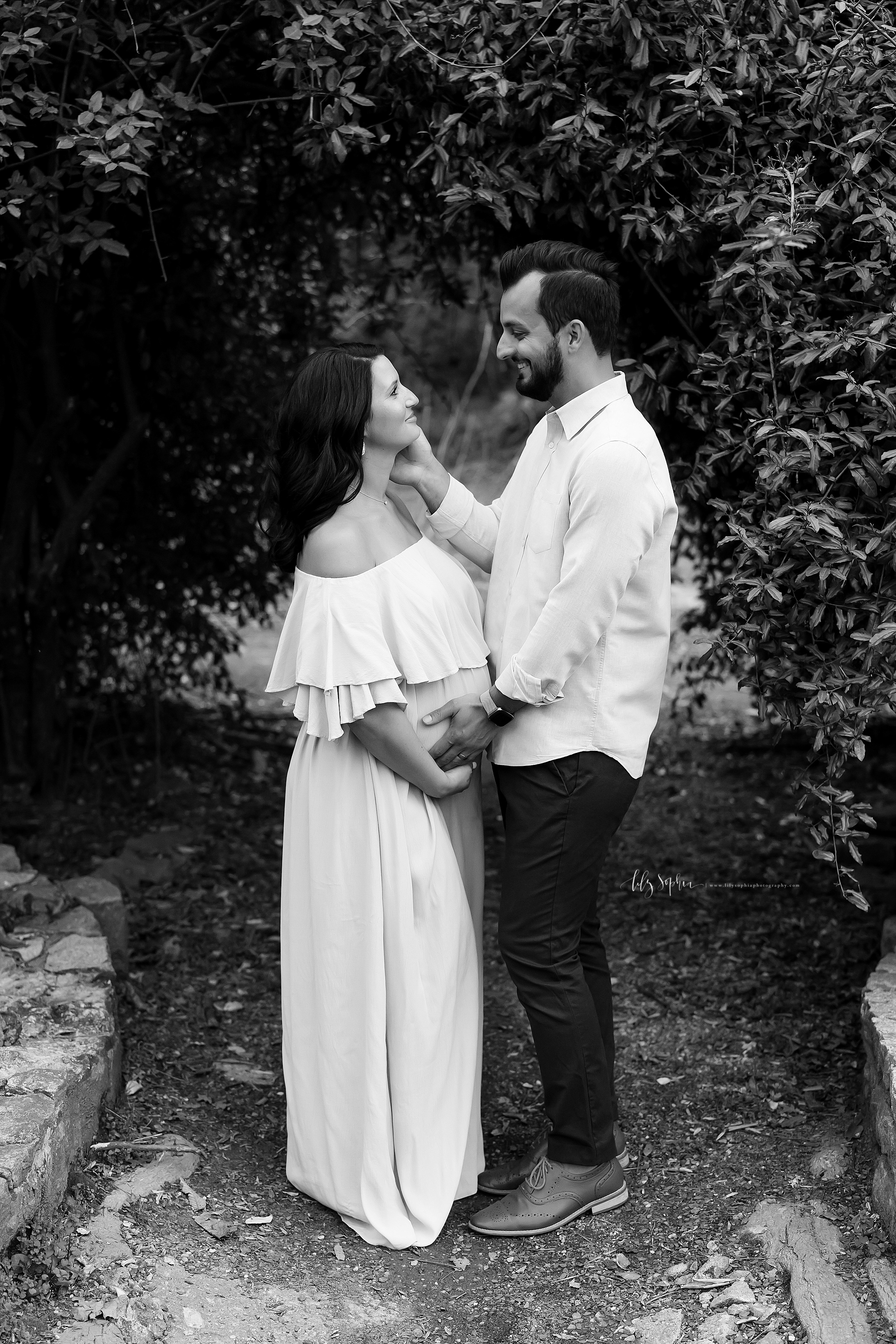 atlanta-midtown-virginia-highlands-roswell-decatur-lily-sophia-photography-maternity-sunset-session-gardens_0500.jpg