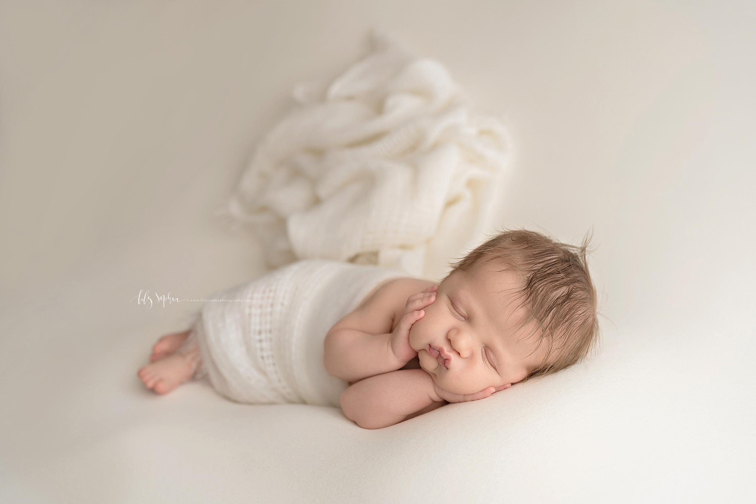 atlanta-midtown-brookhaven-ashford-dunwoody-virginia-highlands-roswell-decatur-lily-sophia-photography-newborn-baby-boy-big-brother-family-studio-session_0595.jpg