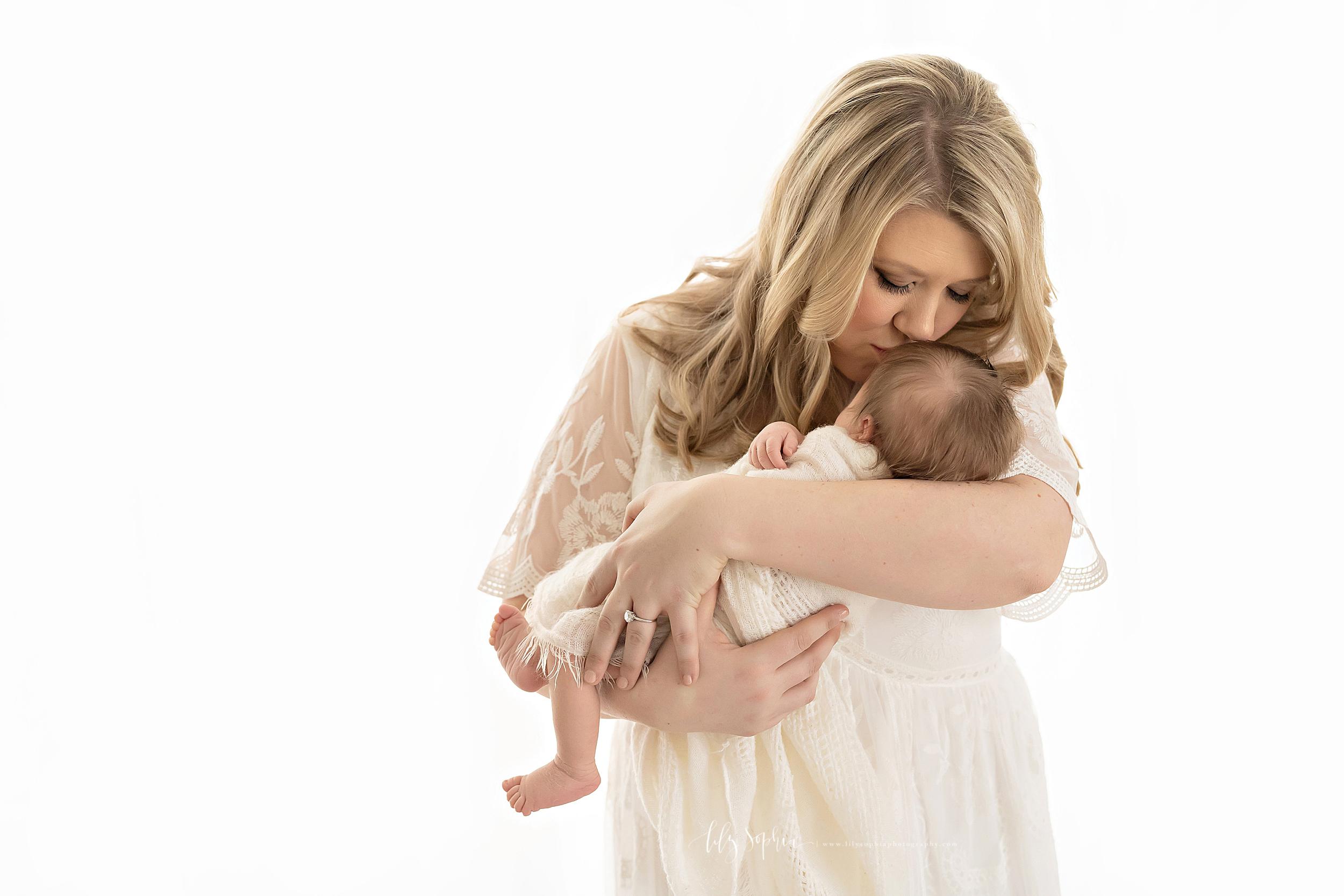 atlanta-midtown-brookhaven-ashford-dunwoody-virginia-highlands-roswell-decatur-lily-sophia-photography-newborn-baby-boy-big-brother-family-studio-session_0621.jpg