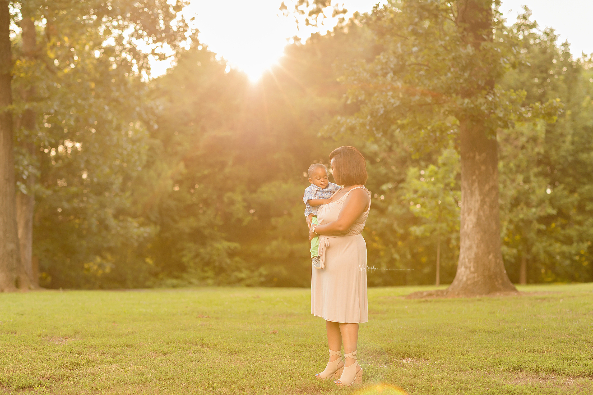 atlanta-hapeville-brookhaven-alpharetta-virginia-highlands-smyrna-decatur-lily-sophia-photography-outdoor-family-mother-toddler-son-second-birthday-park-sunset-pictures_0706.jpg