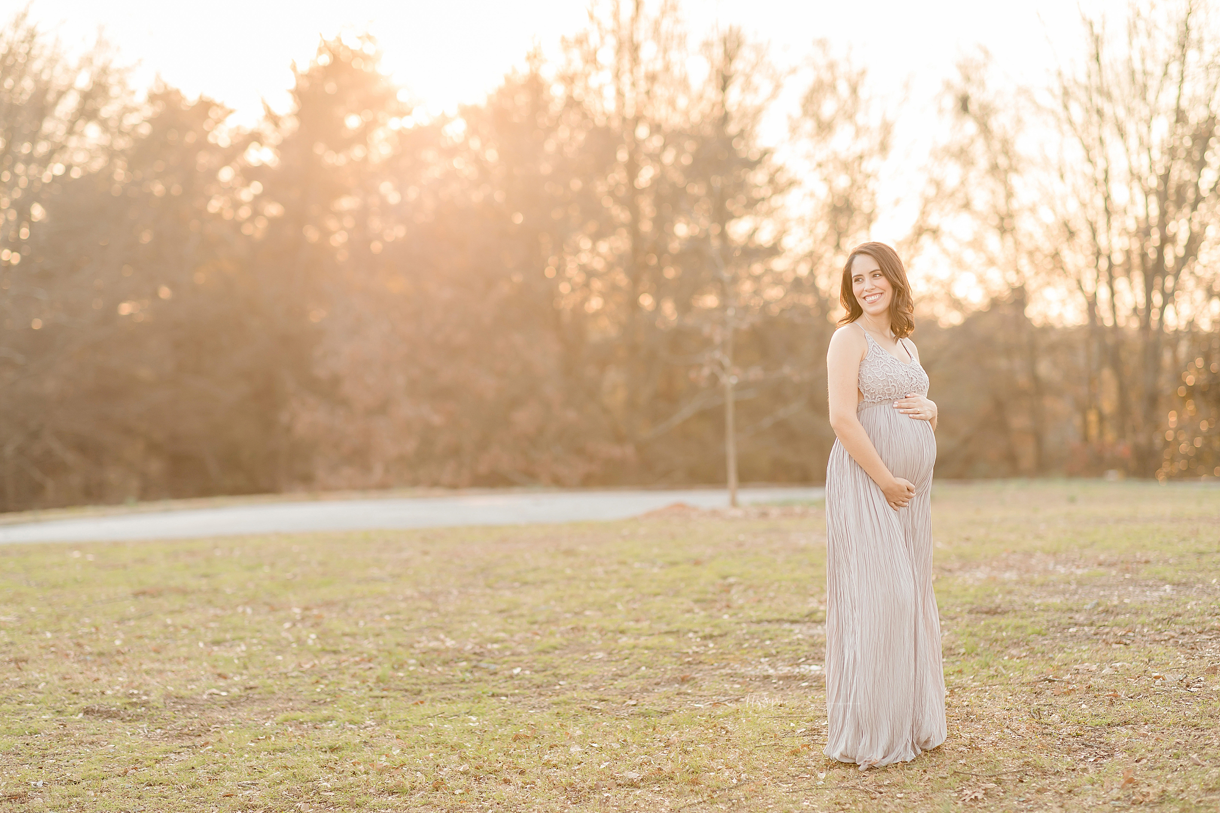 atlanta-sandy-springs-buckhead-virginia-highlands-smyrna-decatur-lily-sophia-photography-expecting-baby-girl-couples-maternity-session-sunset-park_0908.jpg