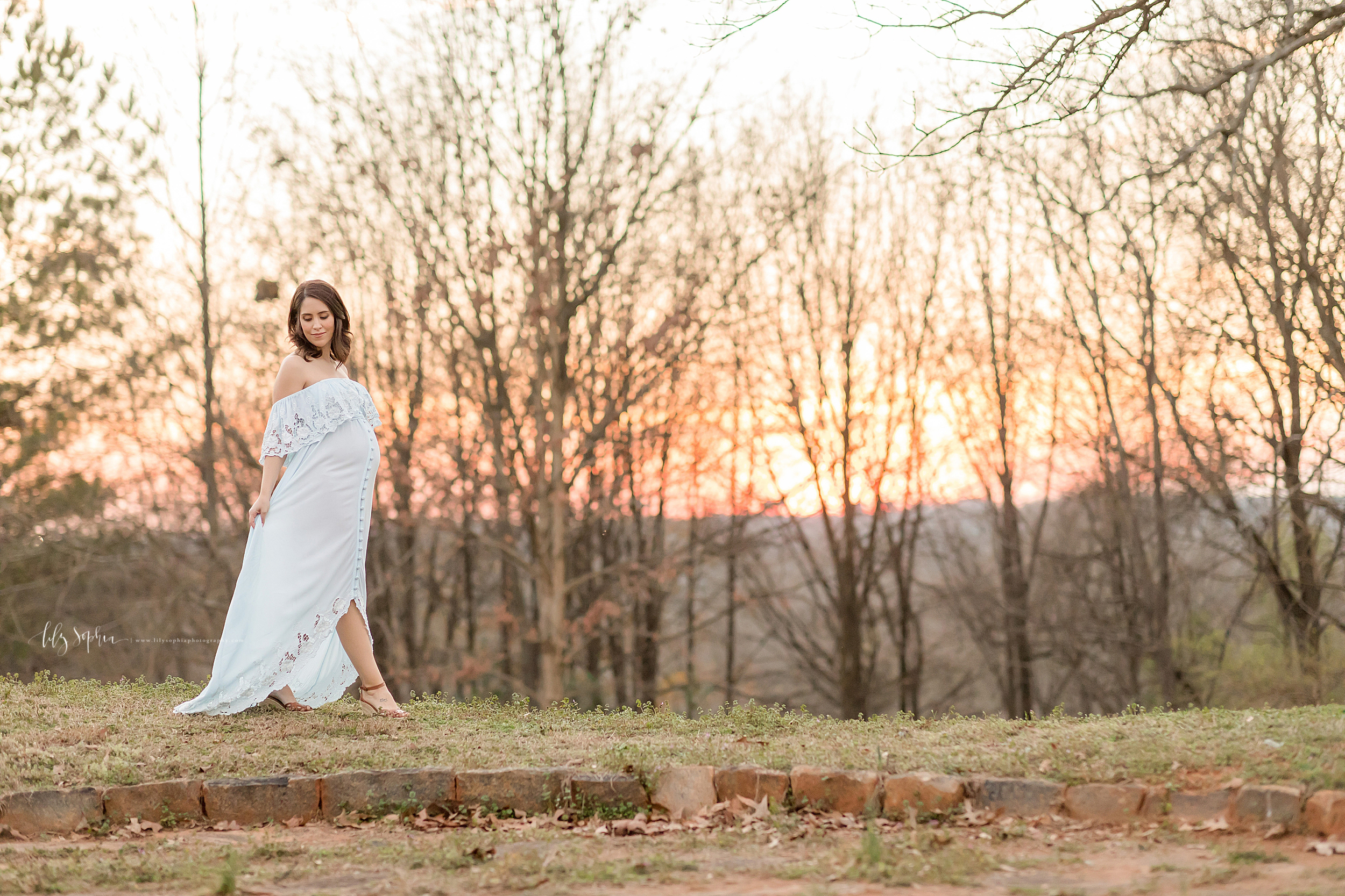 atlanta-sandy-springs-buckhead-virginia-highlands-smyrna-decatur-lily-sophia-photography-expecting-baby-girl-couples-maternity-session-sunset-park_0915.jpg