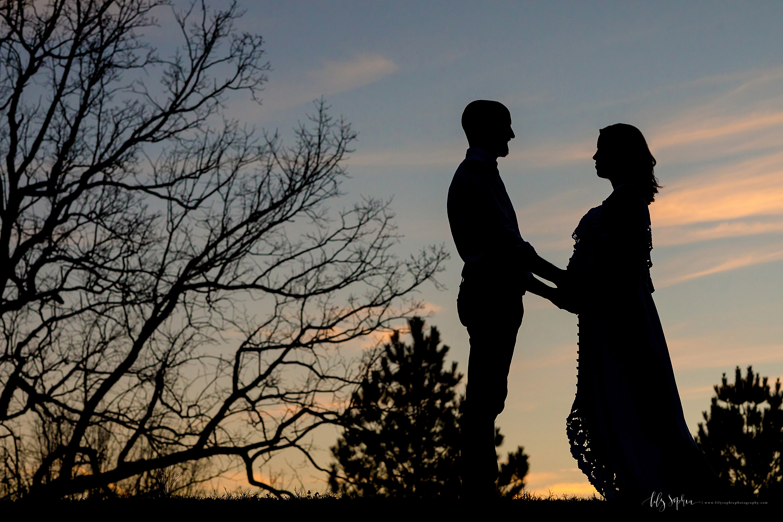 atlanta-sandy-springs-buckhead-virginia-highlands-smyrna-decatur-lily-sophia-photography-expecting-baby-girl-couples-maternity-session-sunset-park_0916.jpg