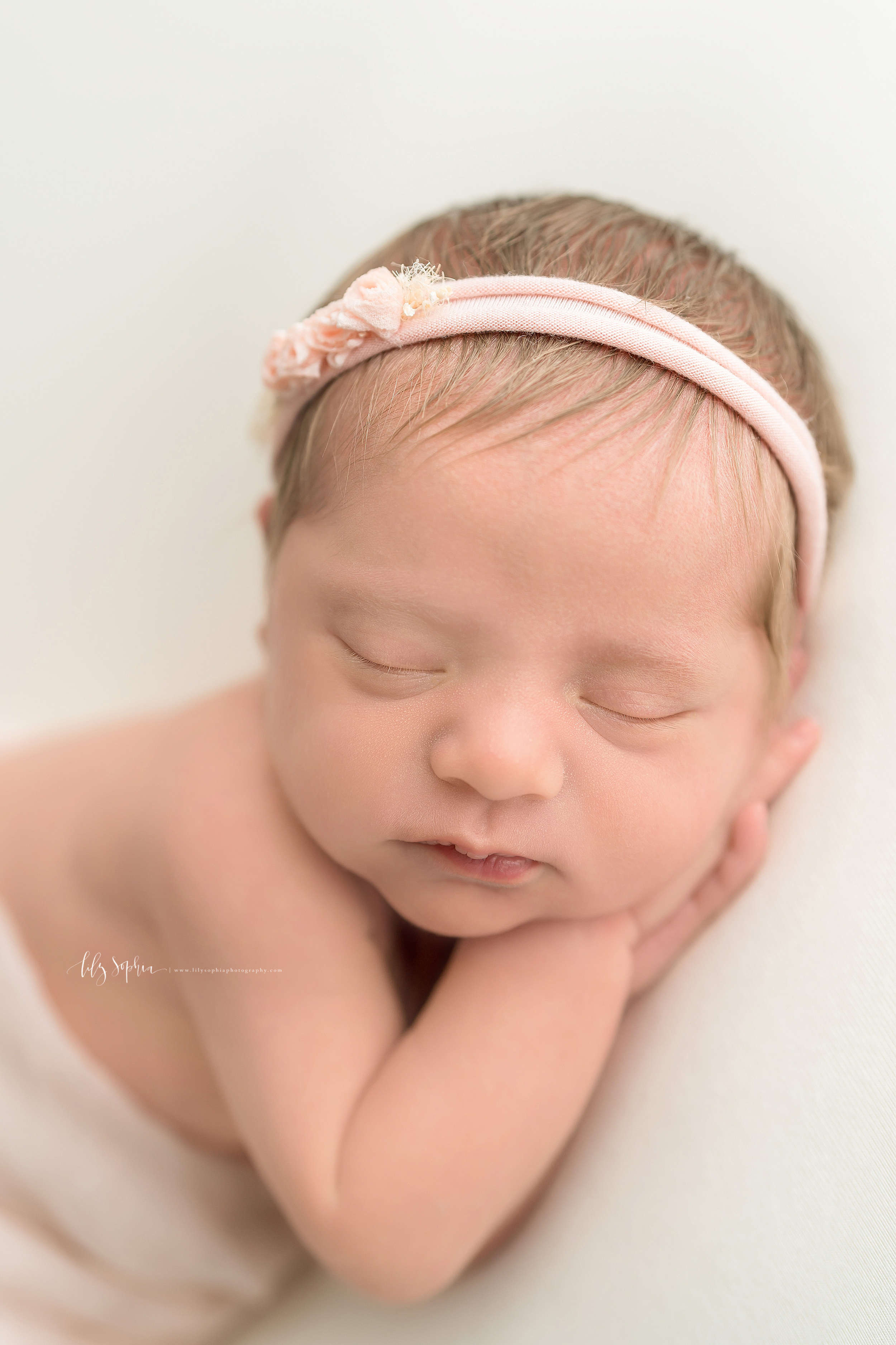 atlanta-sandy-springs-buckhead-virginia-highlands-smyrna-decatur-lily-sophia-photography-newborn-baby-girl-family-studio-portraits_0920.jpg