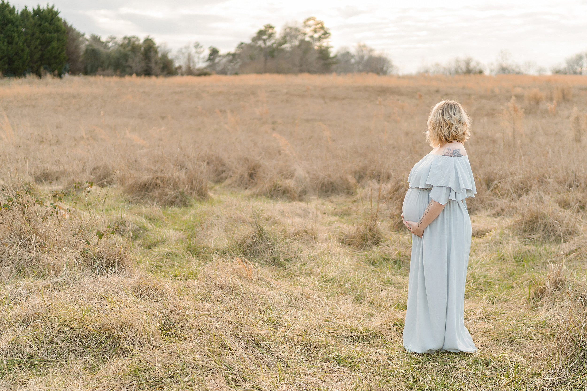 atlanta-sandy-springs-buckhead-virginia-highlands-west-end-decatur-lily-sophia-photography-sunset-field-maternity-couples-session-expecting-baby-girl_0943.jpg