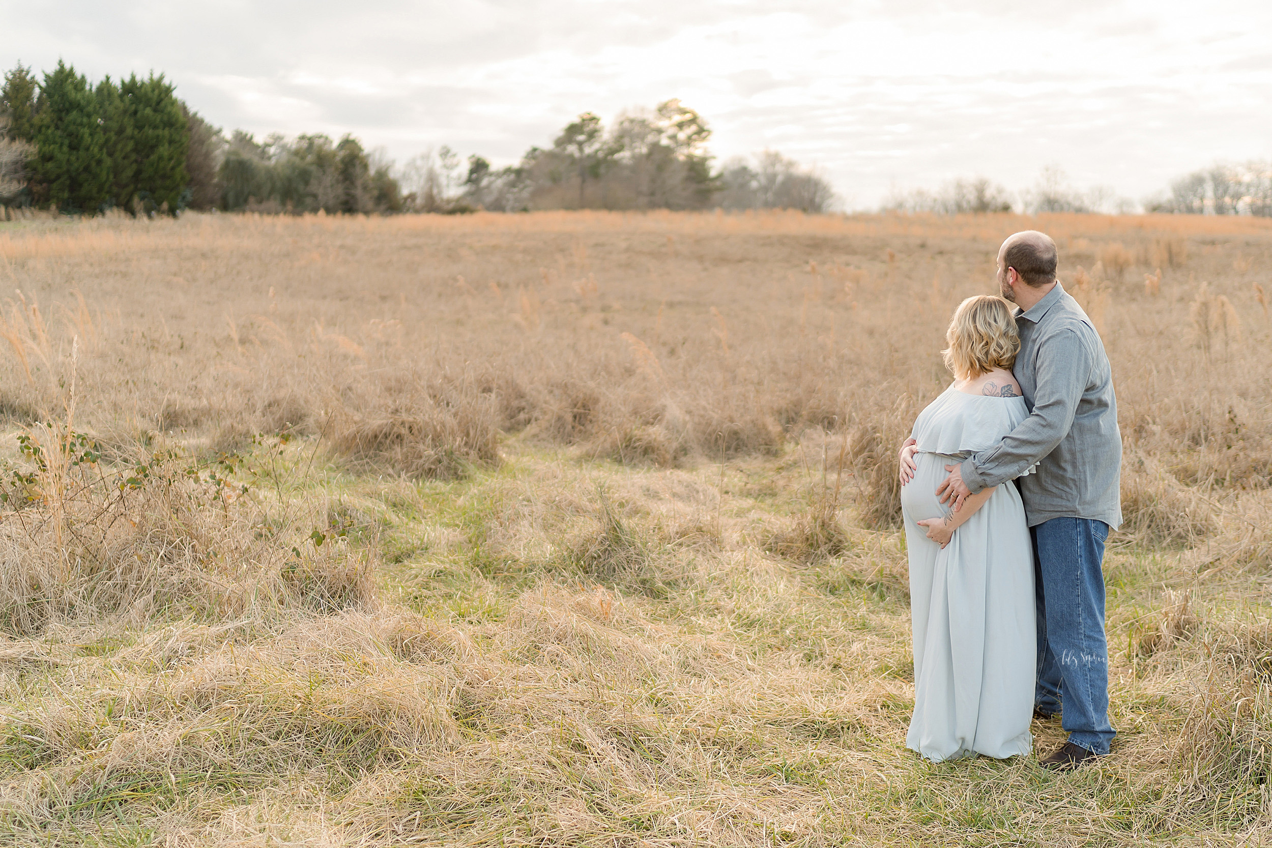 atlanta-sandy-springs-buckhead-virginia-highlands-west-end-decatur-lily-sophia-photography-sunset-field-maternity-couples-session-expecting-baby-girl_0944.jpg