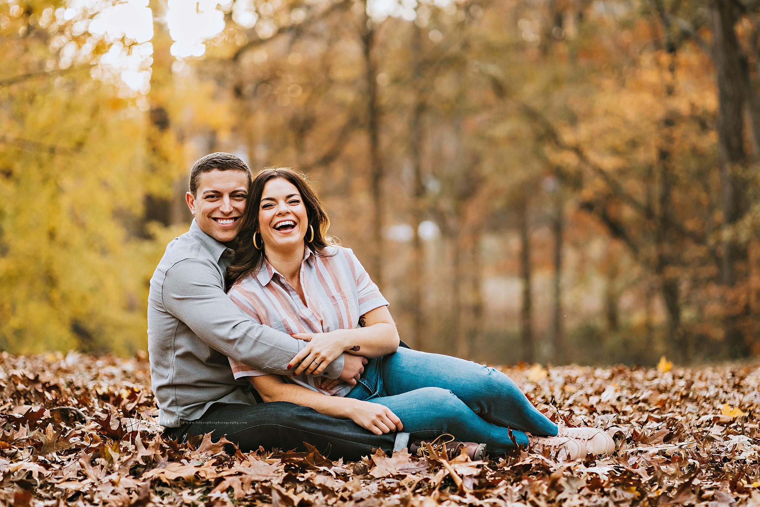 atlanta-reynoldstown-peoplestown-decatur-sandy-springs-buckhead-virginia-highlands-west-end-decatur-lily-sophia-photography-outdoor-fall-couples-photos_1483.jpg