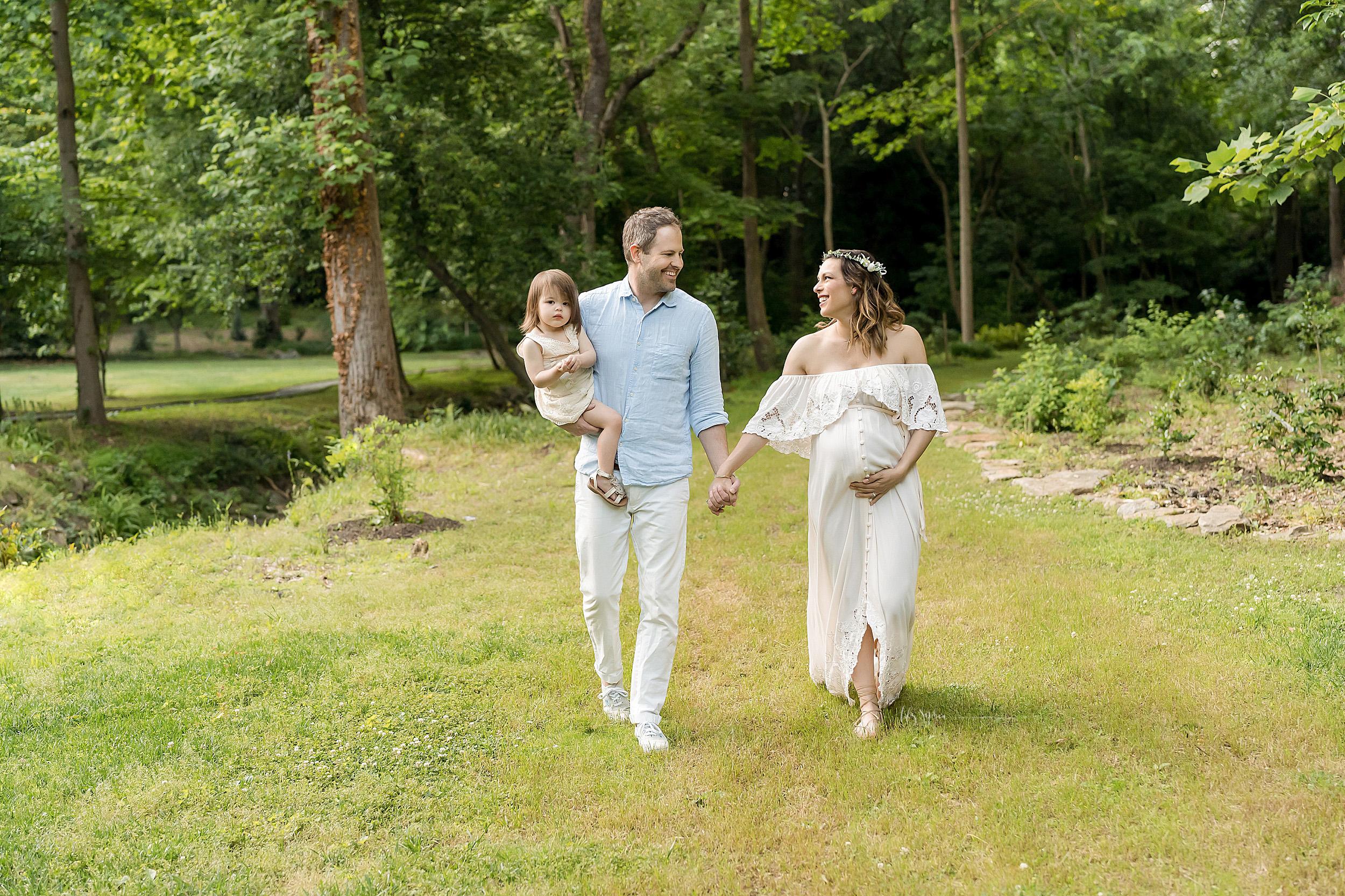 atlanta-decatur-acworth-candler-park-sandy-springs-buckhead-virginia-highlands-west-end-decatur-lily-sophia-photography-gardens-maternity-couples-family-photos-toddler-girl-expecting-newborn-baby-girl-sister_1701.jpg