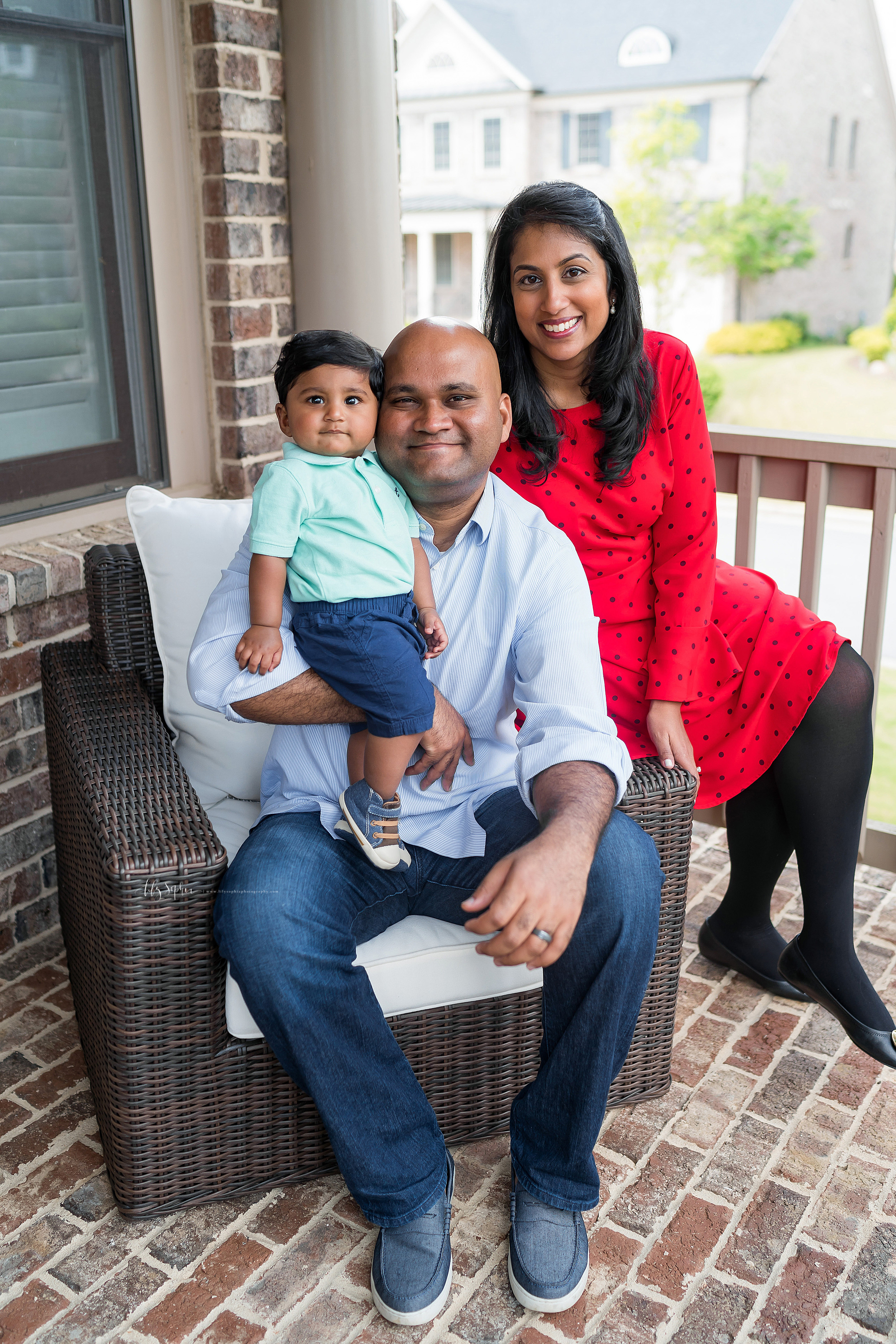 atlanta-brookhaven-east-cobb-marietta-candler-park-sandy-springs-buckhead-virginia-highlands-west-end-decatur-lily-sophia-photography-in-home-lifestyle-session-eight-month-milestone-indian-family_1672.jpg