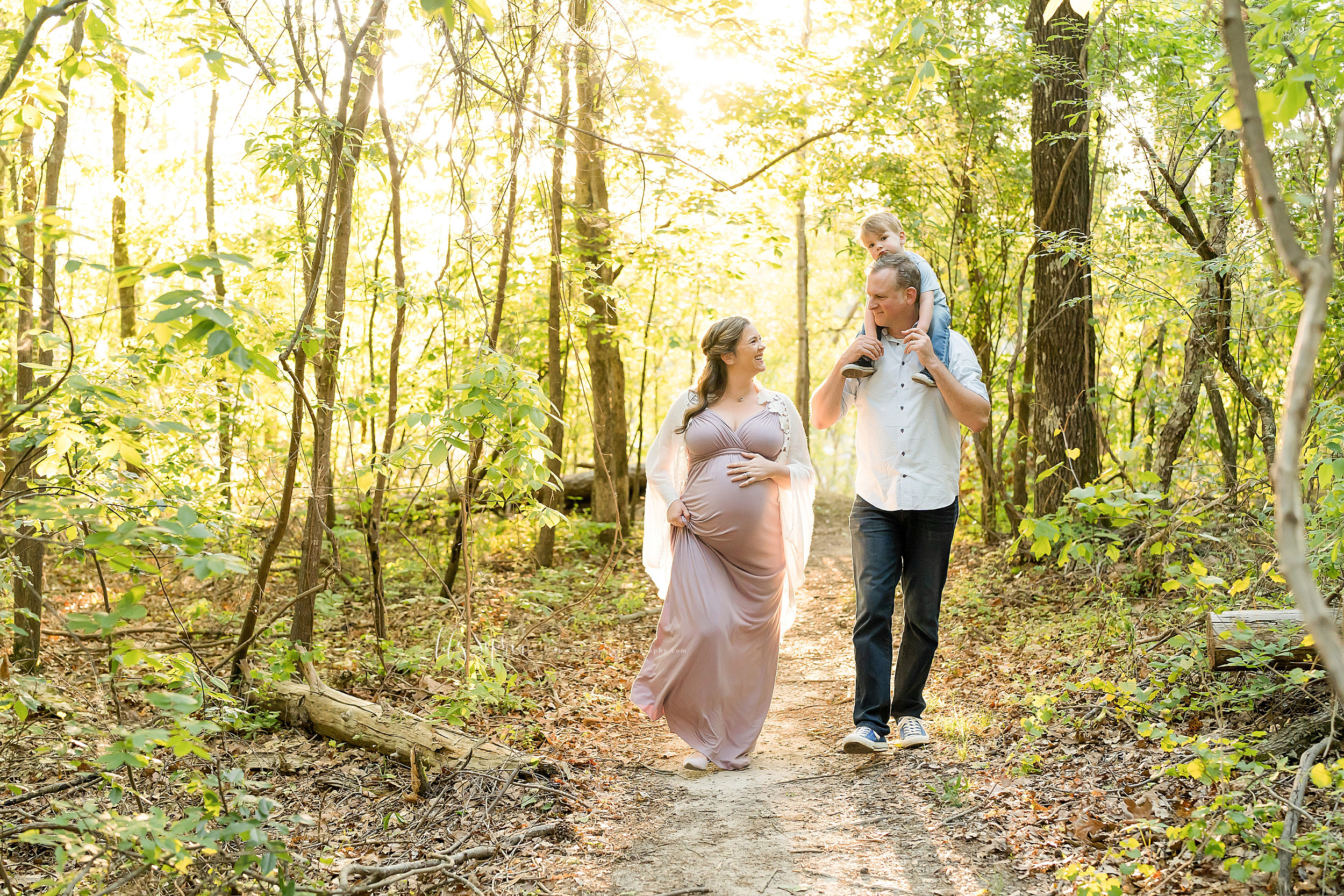 atlanta-brookhaven-decatur-candler-park-sandy-springs-buckhead-virginia-highlands-west-end-decatur-lily-sophia-photography-family-big-brother-expecting-newborn-baby-girl-couples-family-maternity-outdoor-session_1591.jpg