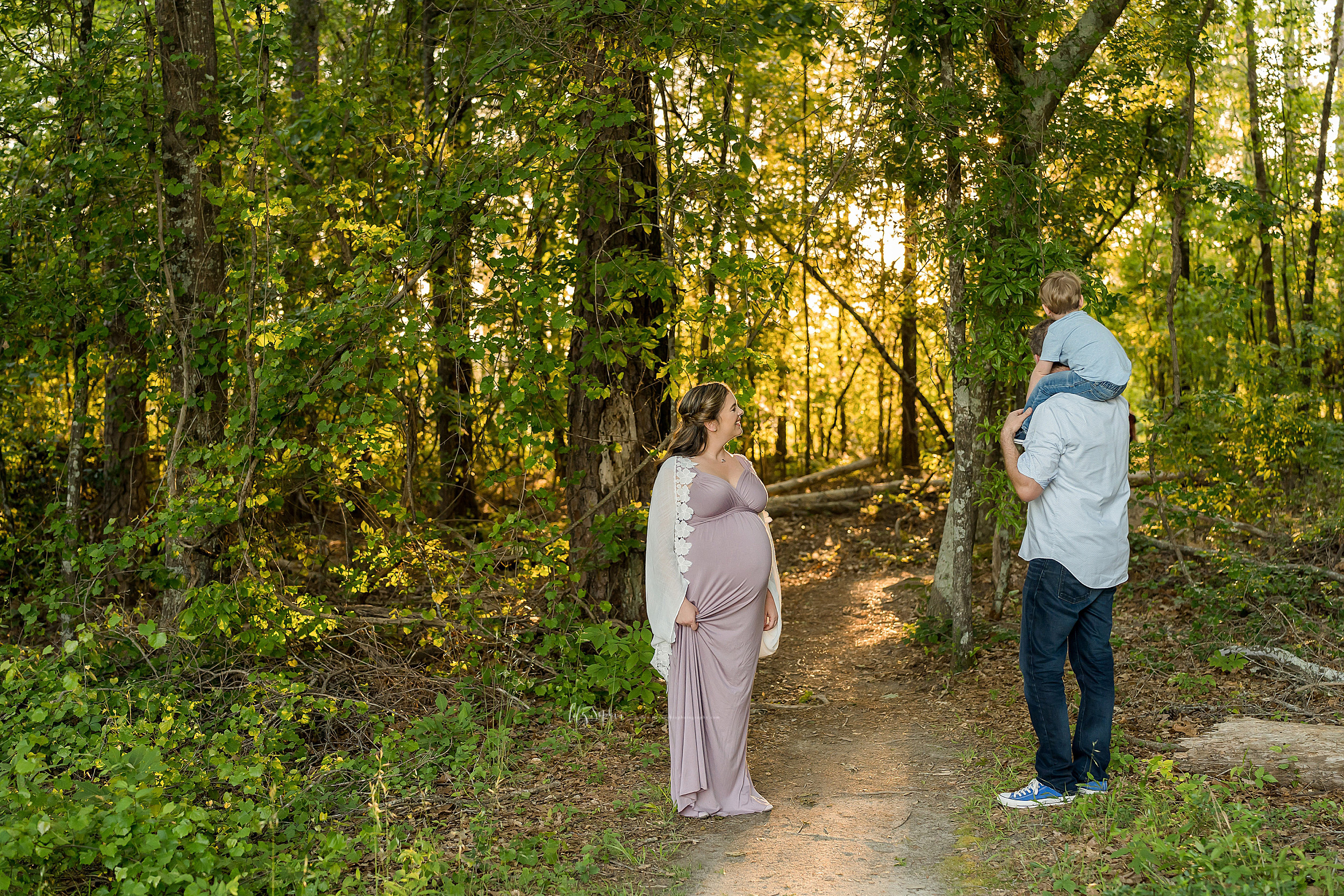 atlanta-brookhaven-decatur-candler-park-sandy-springs-buckhead-virginia-highlands-west-end-decatur-lily-sophia-photography-family-big-brother-expecting-newborn-baby-girl-couples-family-maternity-outdoor-session_1594.jpg