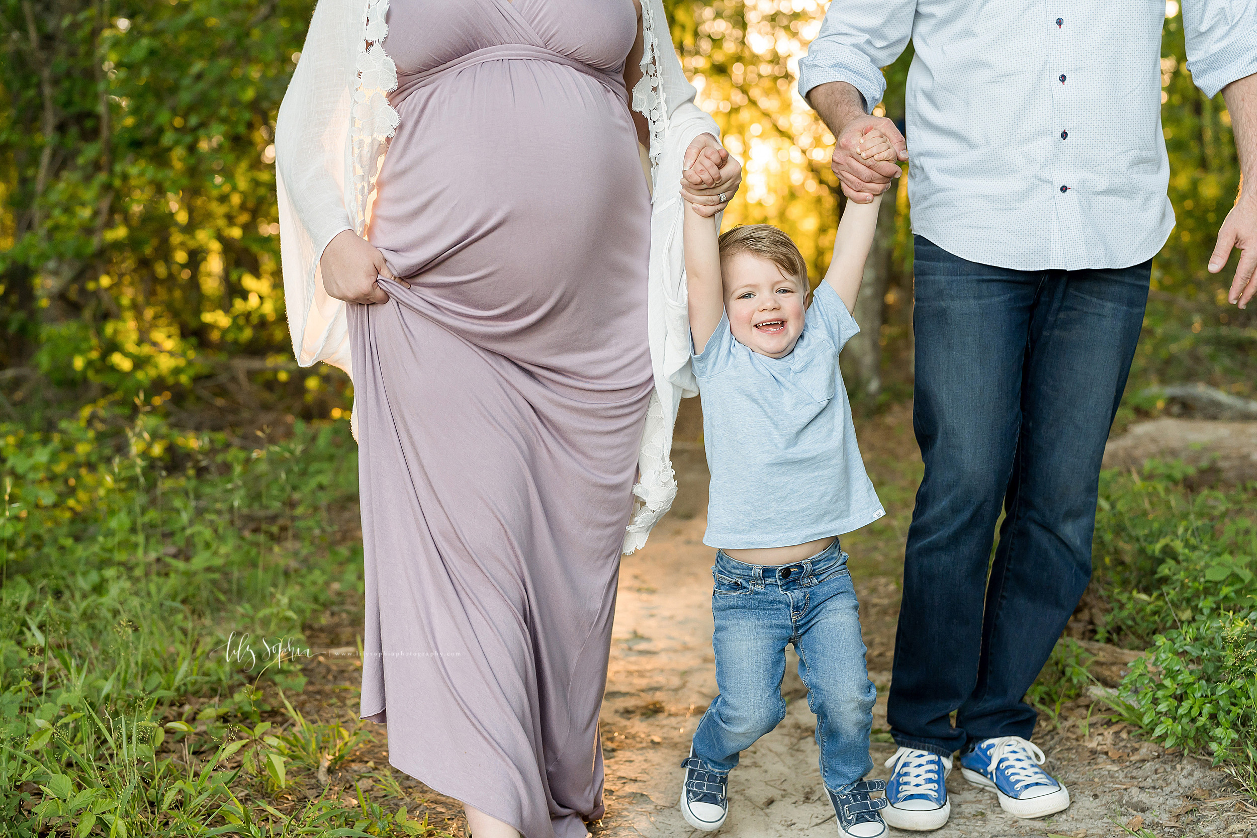 atlanta-brookhaven-decatur-candler-park-sandy-springs-buckhead-virginia-highlands-west-end-decatur-lily-sophia-photography-family-big-brother-expecting-newborn-baby-girl-couples-family-maternity-outdoor-session_1596.jpg