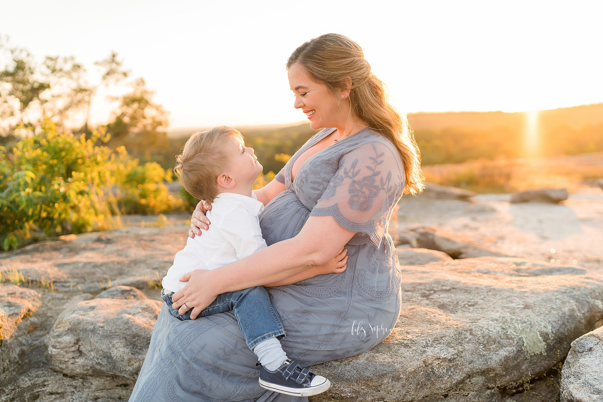 atlanta-brookhaven-decatur-candler-park-sandy-springs-buckhead-virginia-highlands-west-end-decatur-lily-sophia-photography-family-big-brother-expecting-newborn-baby-girl-couples-family-maternity-outdoor-session_1599.jpg