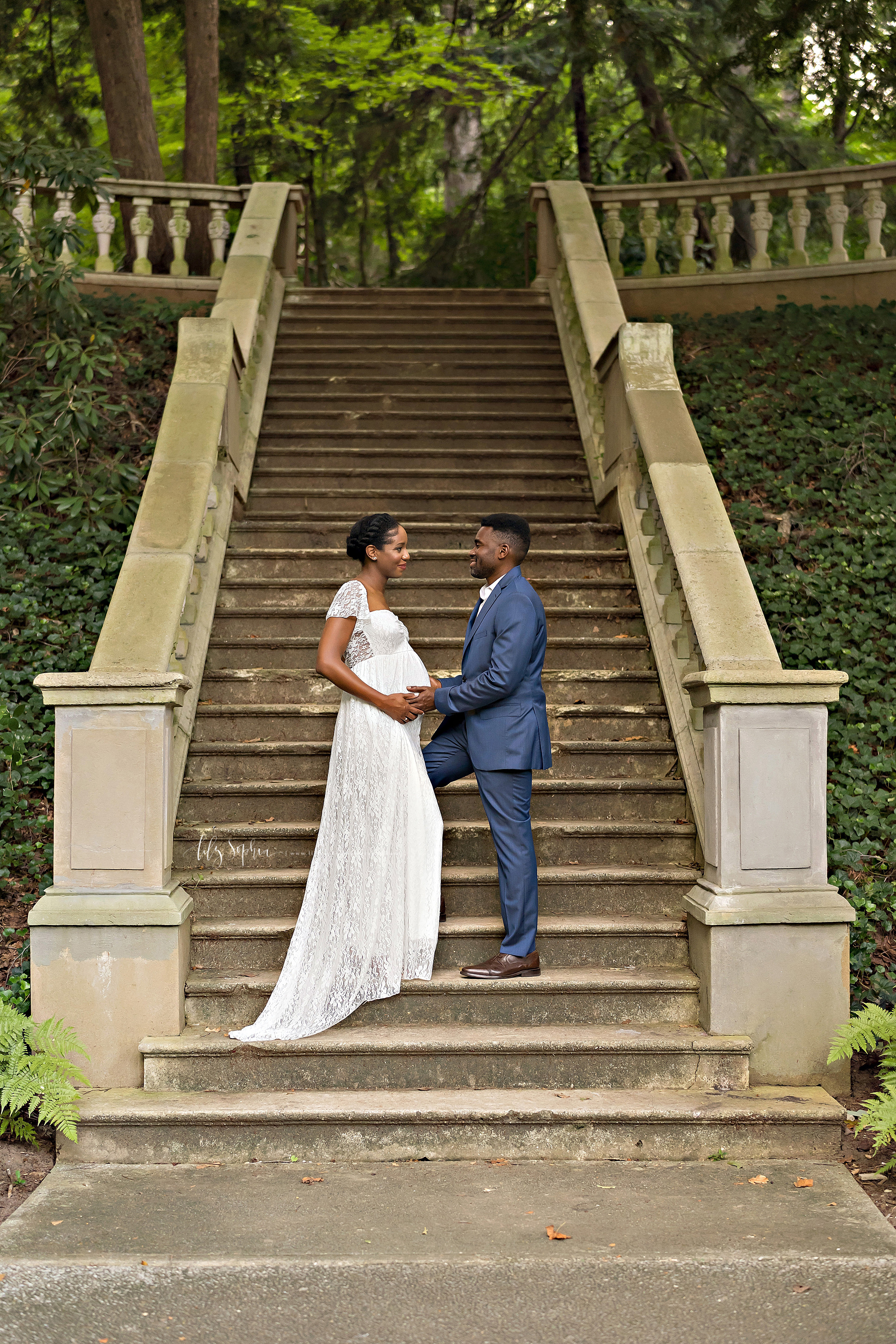 atlanta-decatur-candler-park-sandy-springs-buckhead-virginia-highlands-west-end-decatur-lily-sophia-photography-african-american-couple-expecting-baby-outdoor-garden-sunset-maternity-pictures_2242.jpg