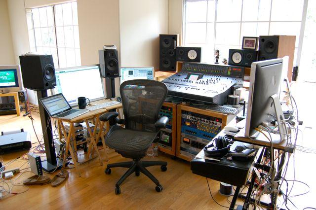 watch-the-throne-studio-2.jpg