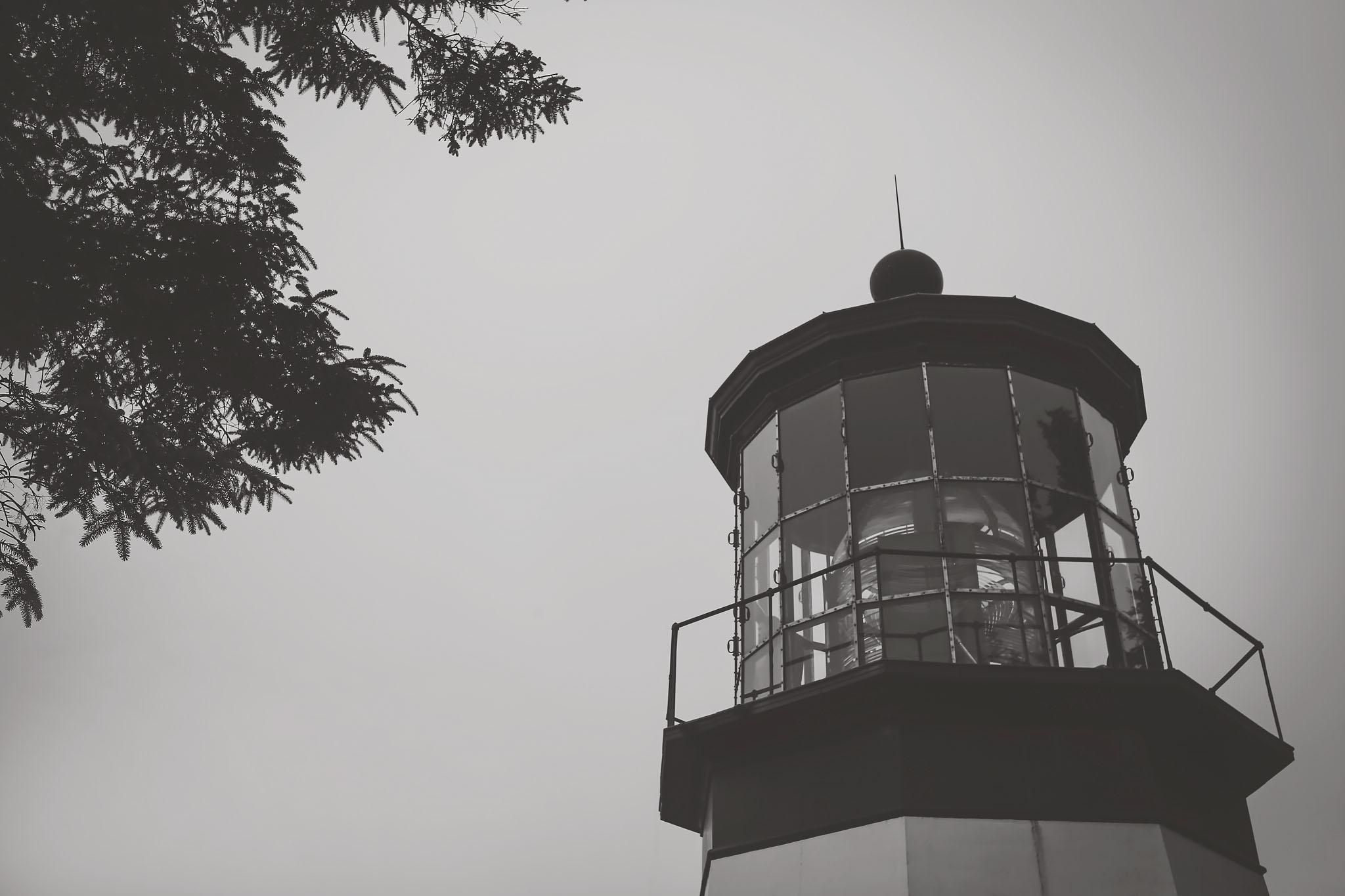 oregon coast, black and white series, jennifer picard photography, travel photography, lighthouse