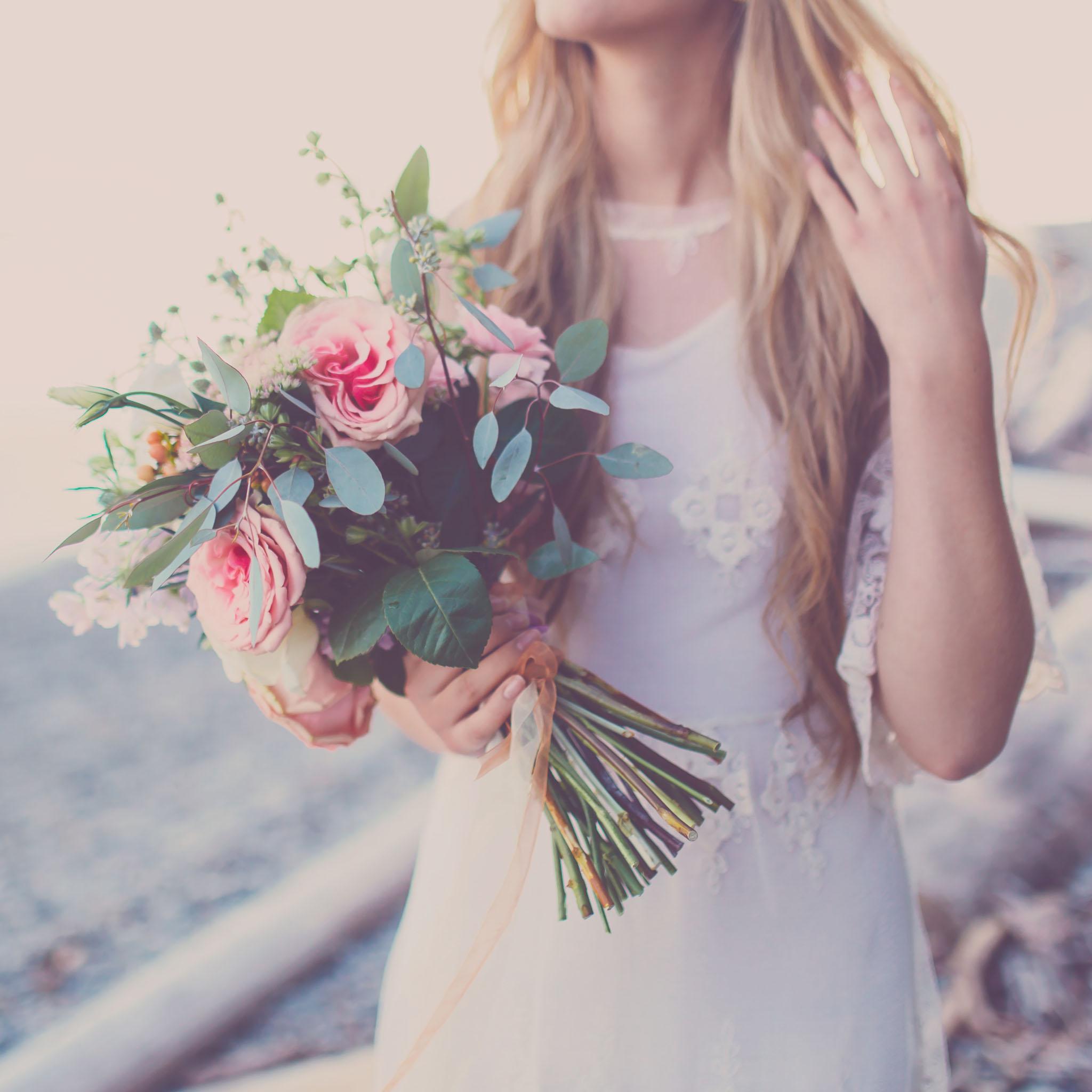 boho beach bridal shoot, jennifer picard photography, sunshine coast bc wedding photographer