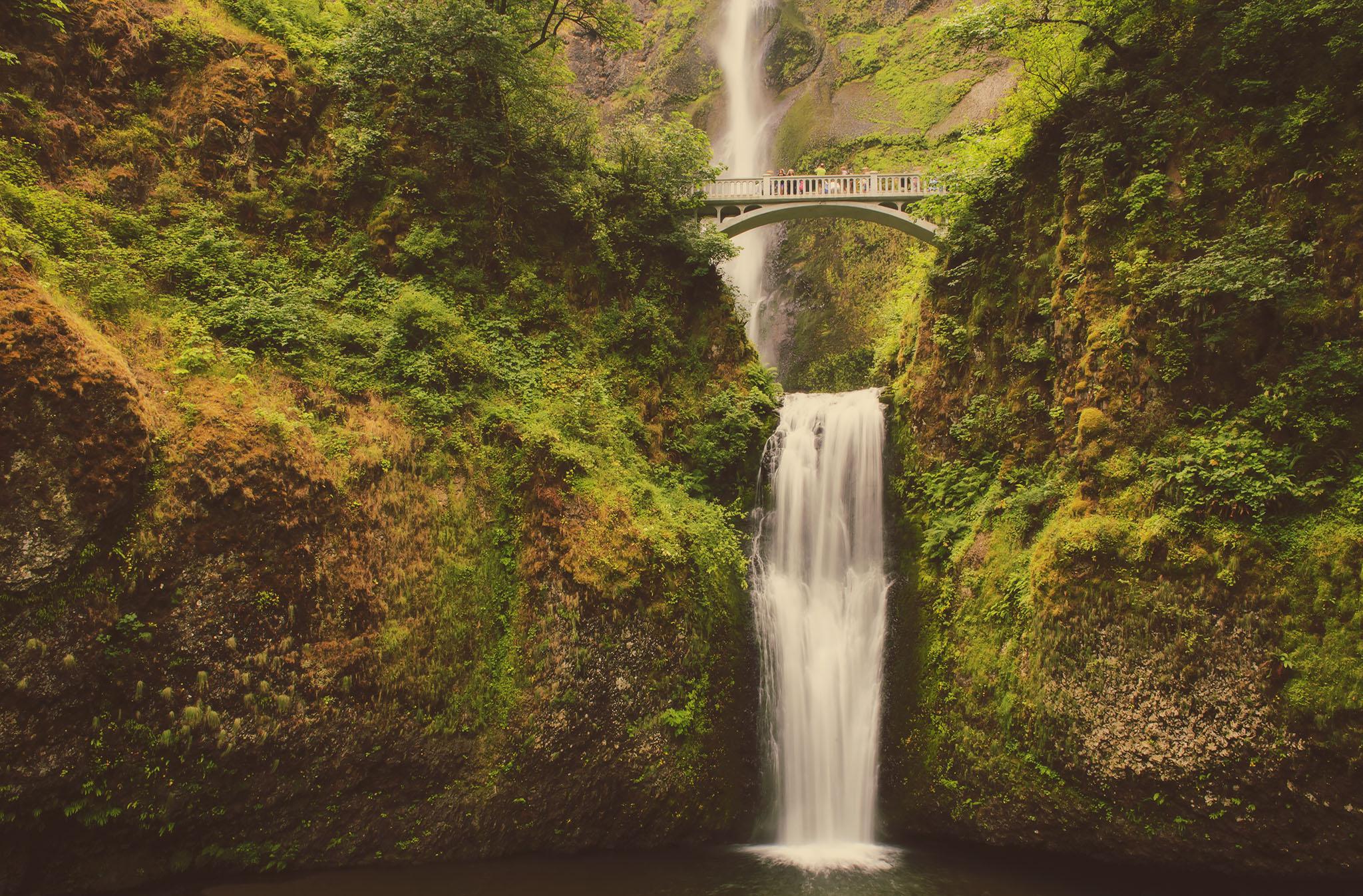 multnomah falls oregon, jennifer picard photography, travel photographer